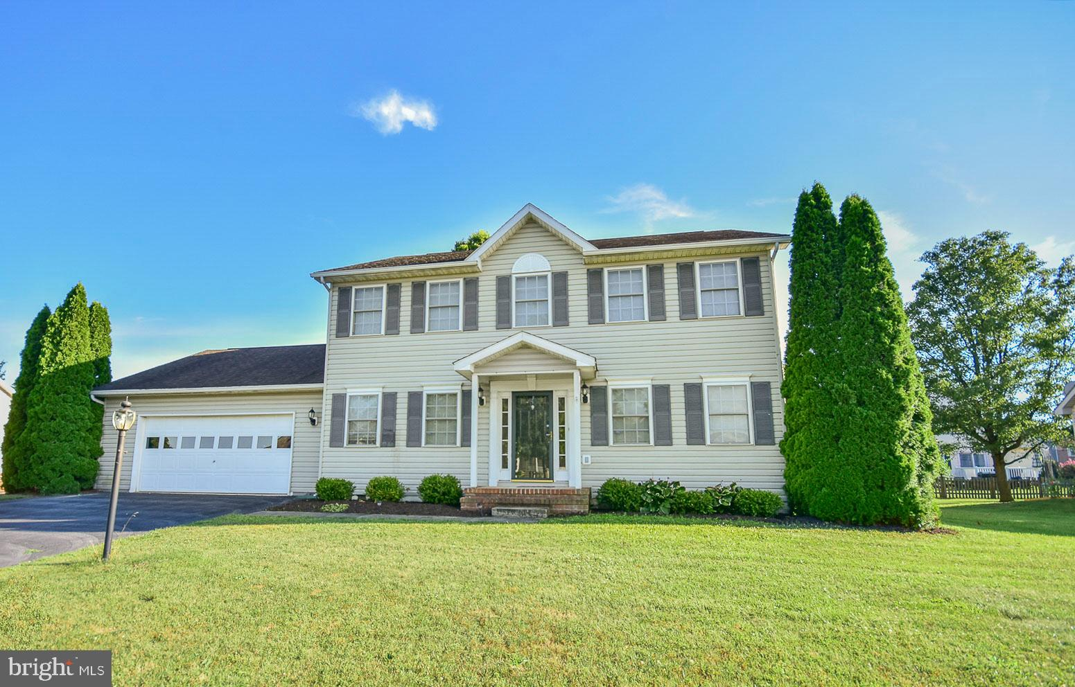 Lovely Colonial located in Spring Mills Subdivision. Home is close to shopping, medical buildings, s