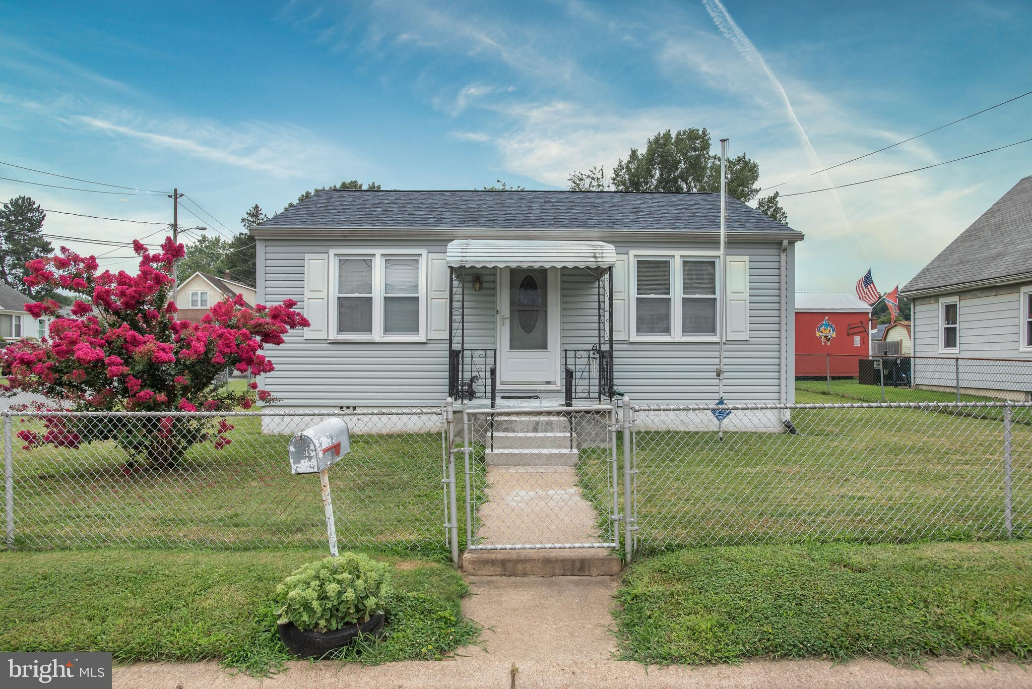 Pride of ownership in this nice ranch home located in New Castle De.  Located in the development of
