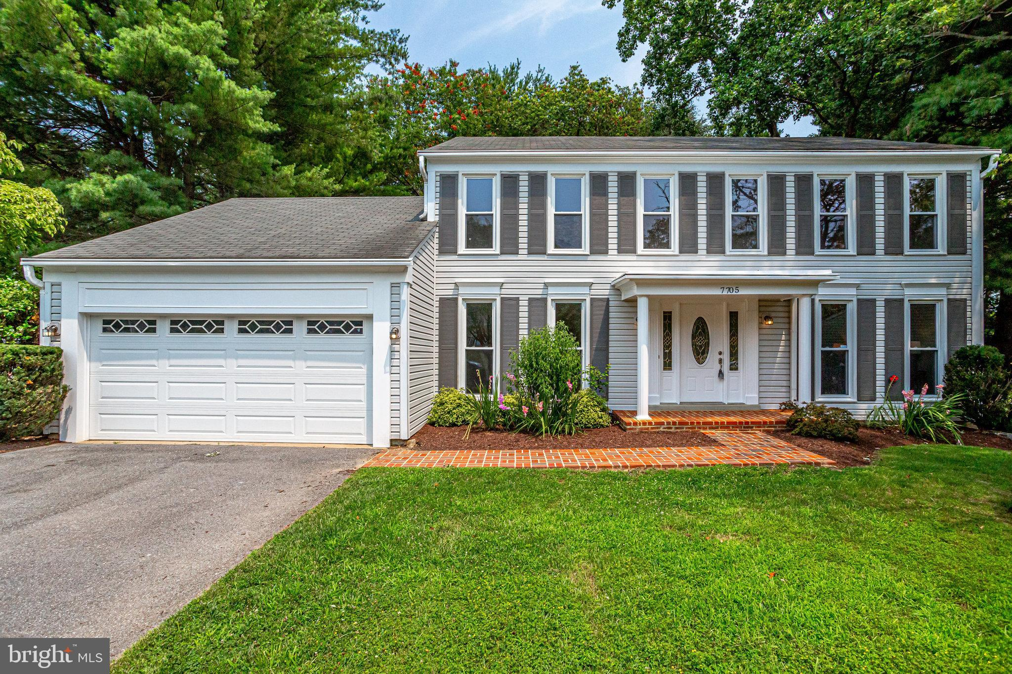 This beautifully updated colonial will make you feel right at home from the moment you walk in the d
