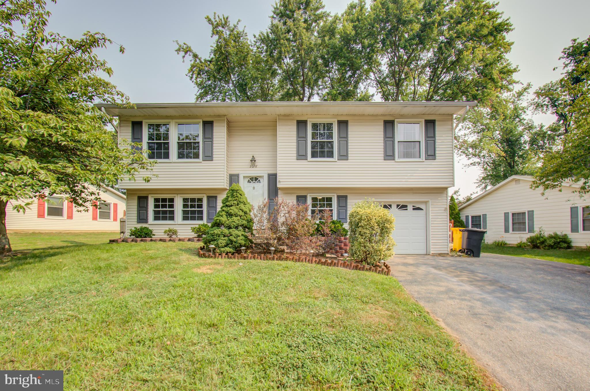 Spacious single family in Gambrills! This property features over 1,600 square feet of living space w