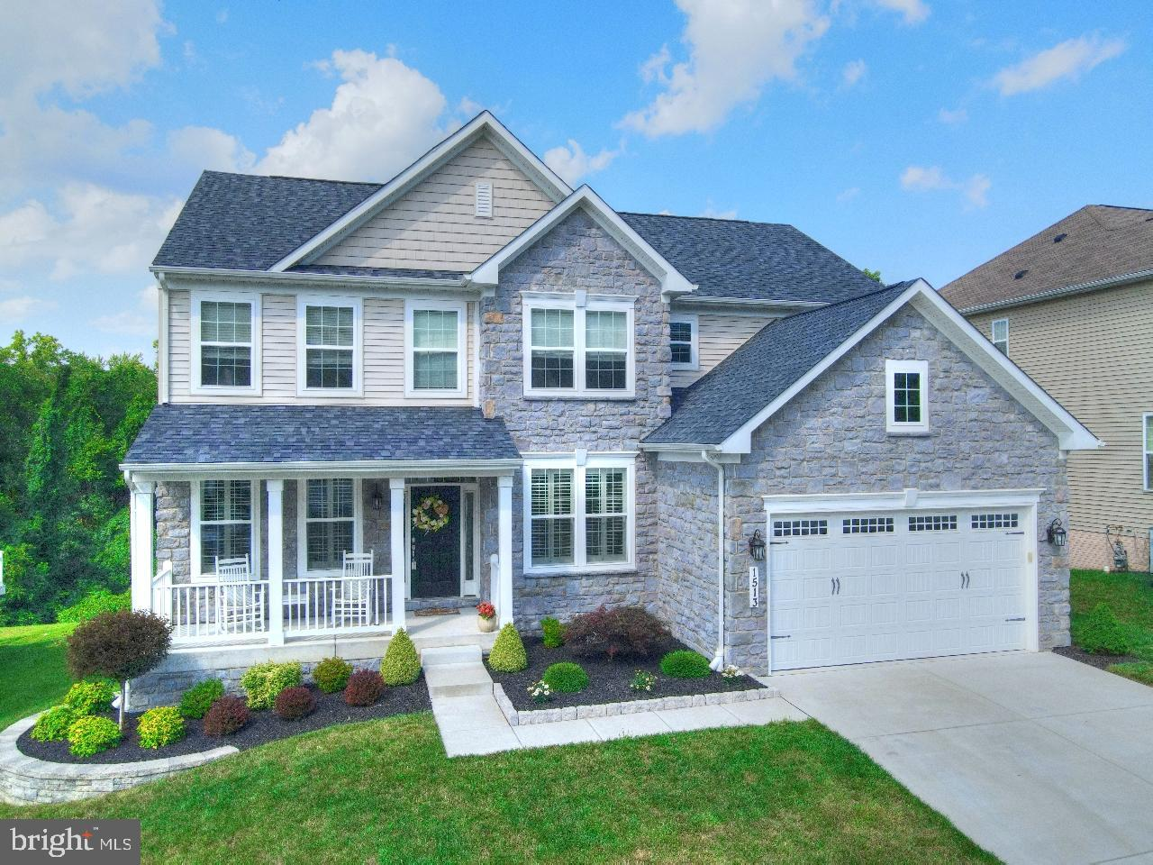 Stunning Home, a True 10!  This Richmond American Home looks and feels brand new.  No need to wait t
