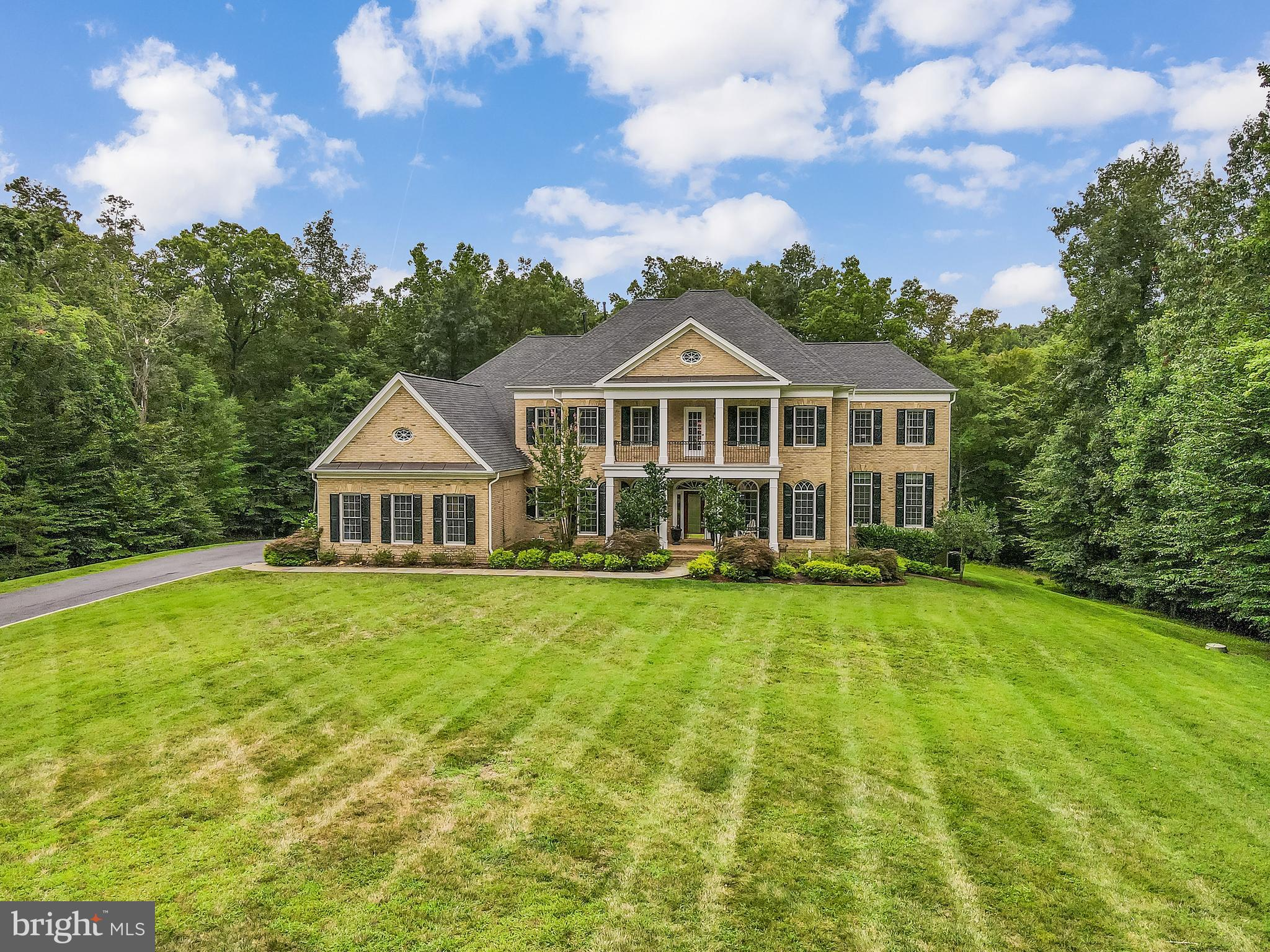 Your Dream Awaits! Stunning 8 bedroom in gated section of River Fallls, home to Old Hickory Golf Cou