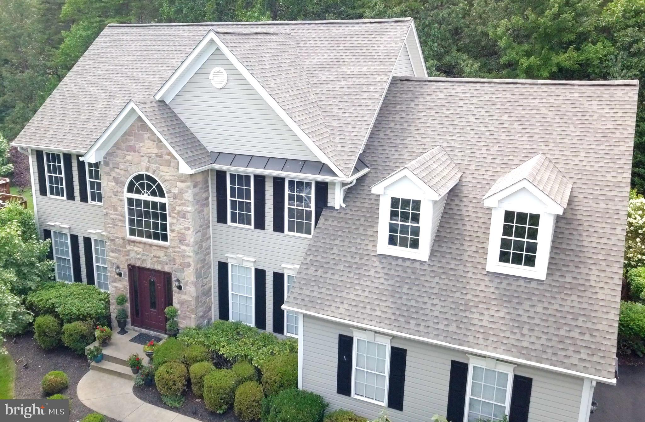 Welcome home to this beautiful Colonial in the desirable Augustine North subdivision. This 4500 sq.