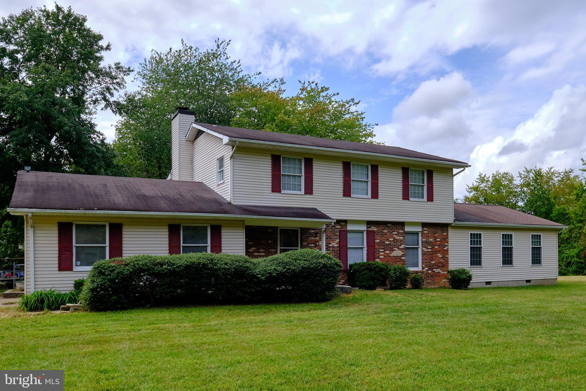 5 bedroom, 3.5 bath Colonial, conveniently located in Greenridge Subdivision, featuring a master bed