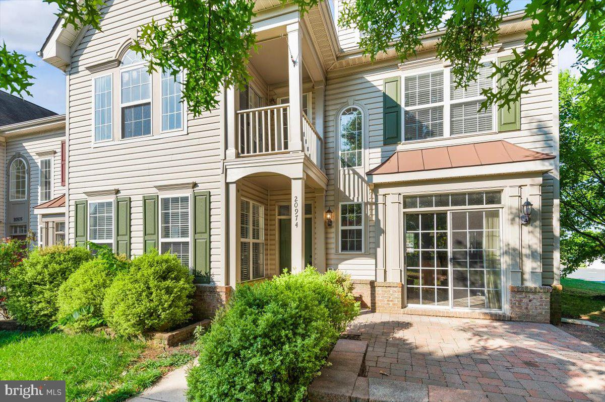 This townhouse feels like a detached home.  This lot is one of the best in the neighborhood.! It is