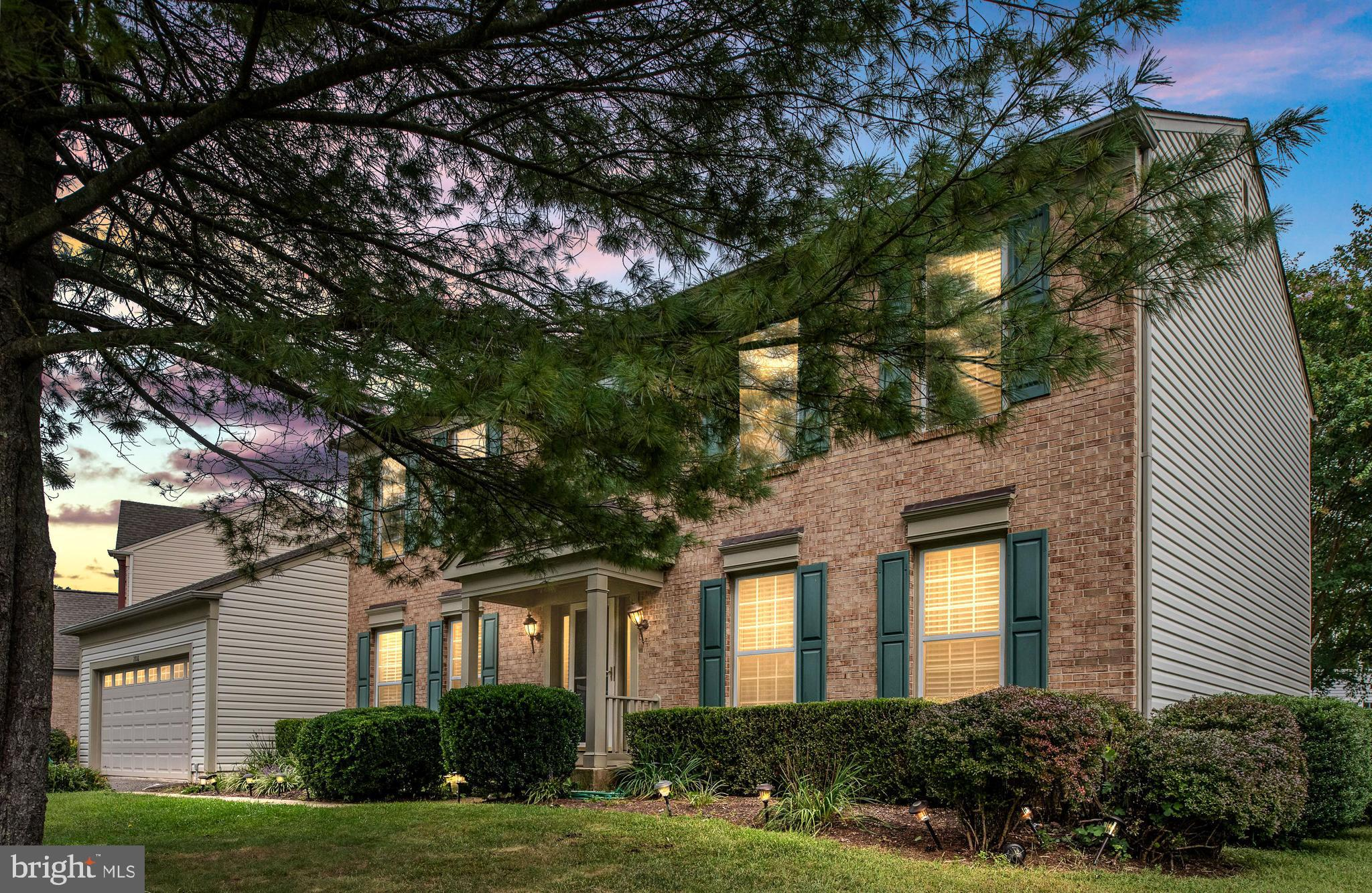 A Must see in the heart of Lakeridge/perfect location!! 2-Car Gar w/fenced flat backyard/Patio. Home has been recently painted.  Solid HardWood floors throughout the main and upper level, office, remodeled Kitchen with Stainless Steel appliances and granite countertops.  The upper level offers 4 spacious bedrooms and  2 full  baths NEWLY RENOVATED!! Luxury Master w/V-ceilings  , D- sinks, walk-in closet, skylights, jacuzzi Tub &  separate shower.  Newer Roof, siding and A/C and much more located near shops, restaurants, commuter lots & much more!