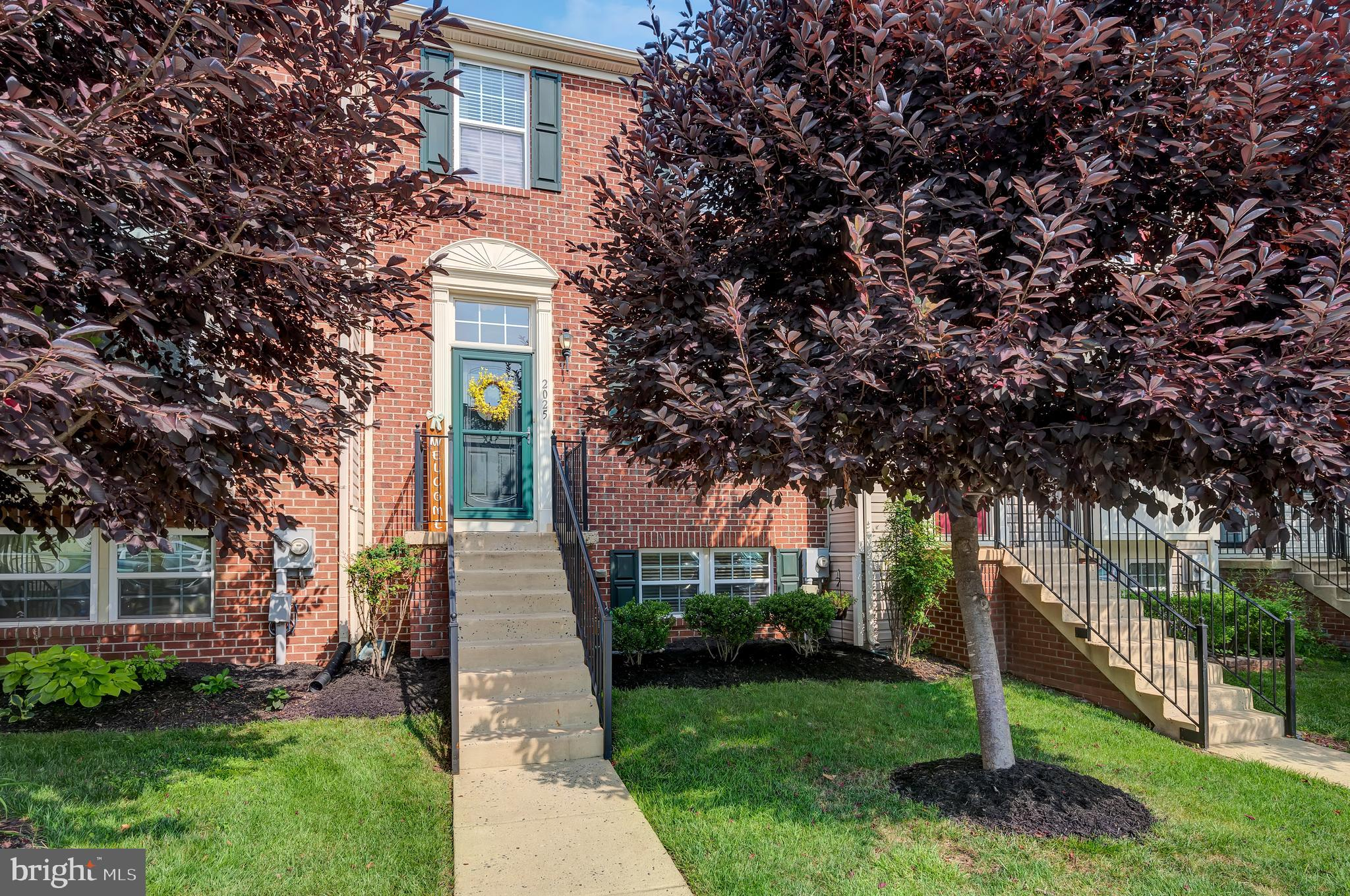 Gorgeous brick front townhome in sought after Tuscarora Creek! This fabulous home boasts 4 bedrooms,
