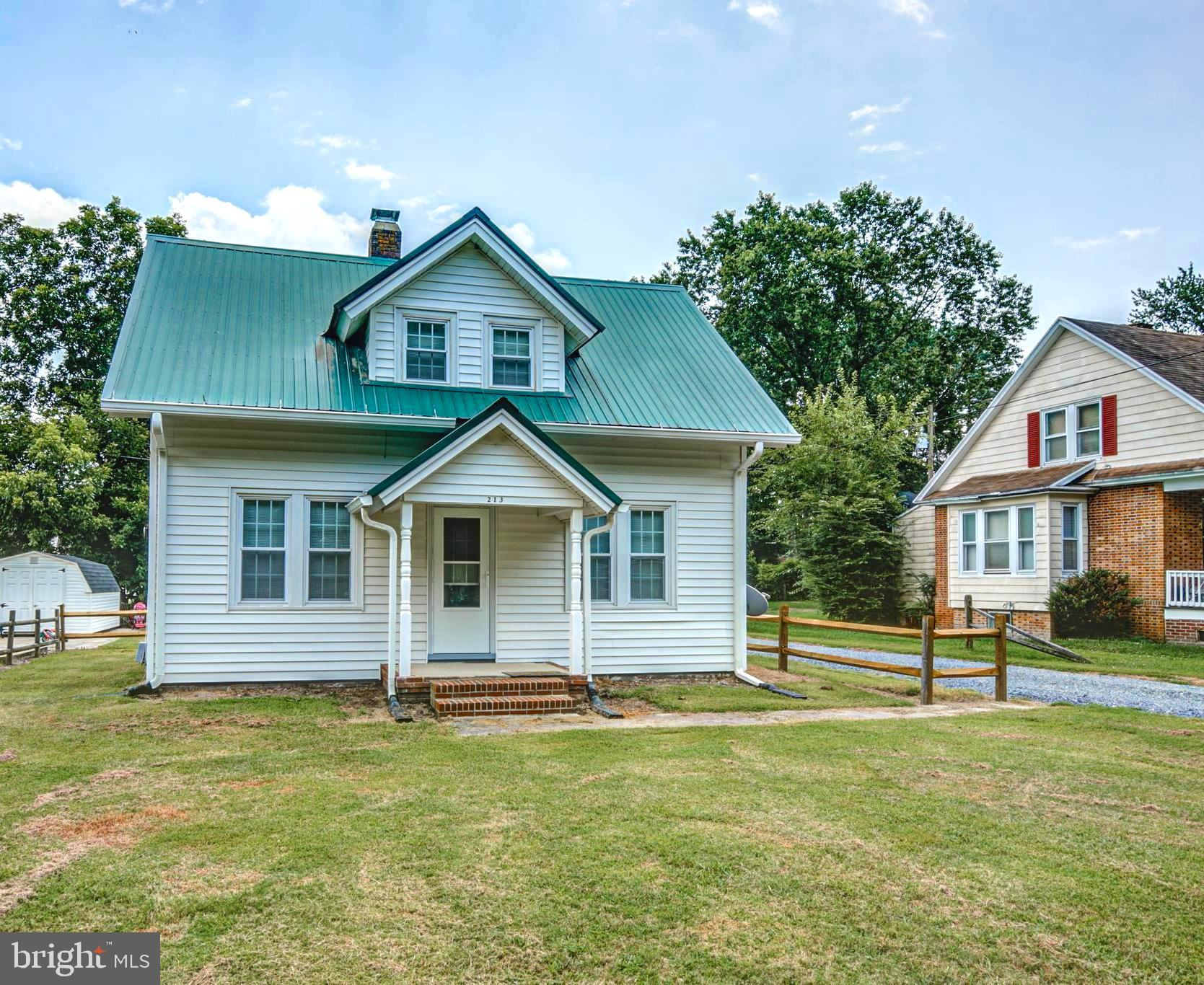 Adorable home with so much to offer! GREAT rental/investment opportunity or starter home. Only a sho