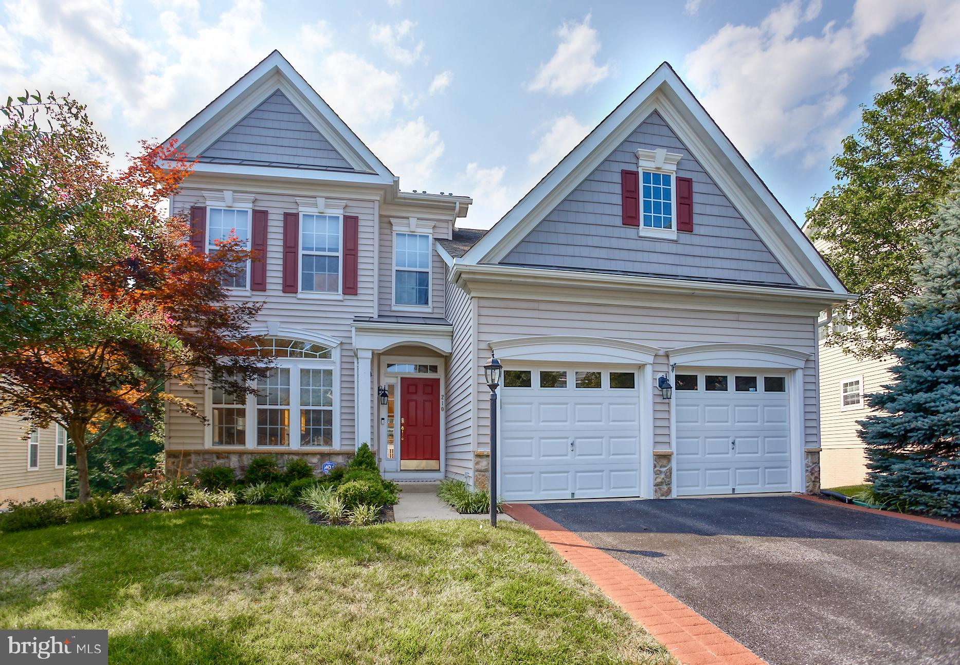 Fantastic detached colonial backing to woods in beautiful Bulle Rock! Large open living/dining room