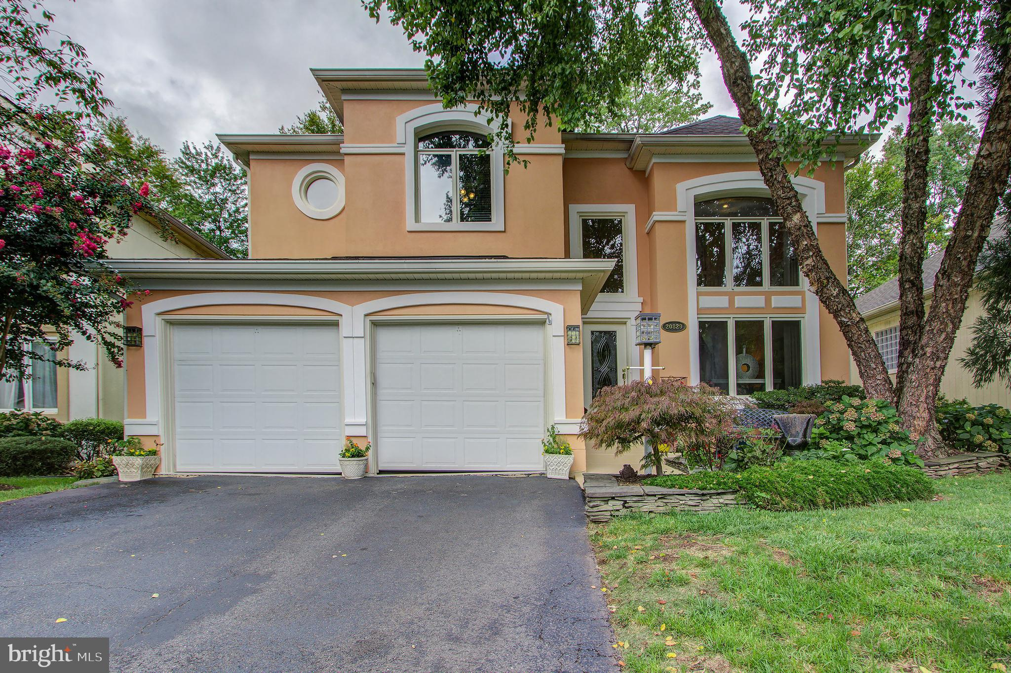 Lovely Single Family Home in Desirable Lowes Island Neighborhood.  This Home of nearly 3,800 Sq Ft o