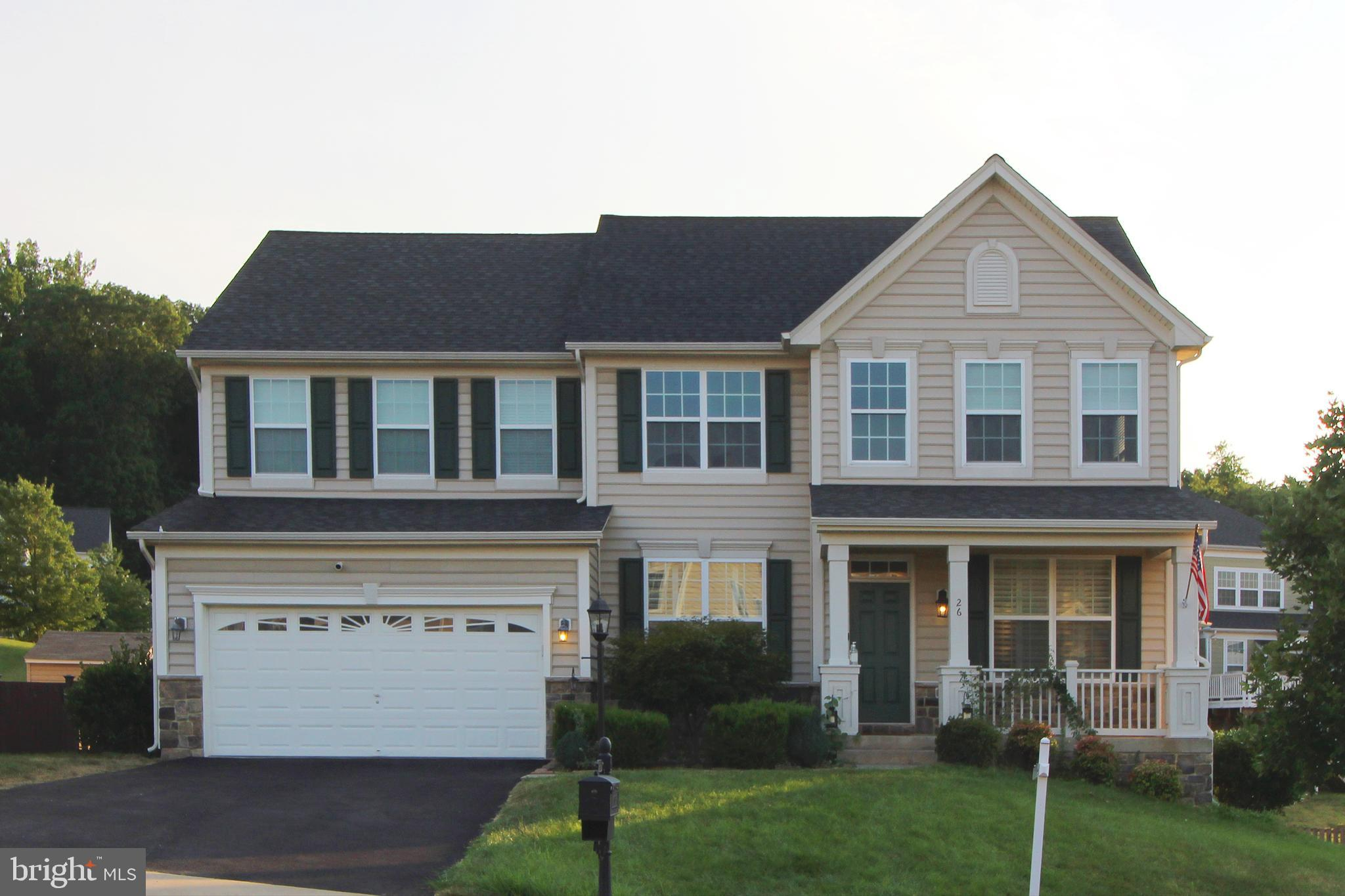GORGEOUS DREES HOME IN HILLS OF AQUIA WITH MANY UPGRADES***HARDIE PLANK SIDING***GORGEOUS JUST REFIN