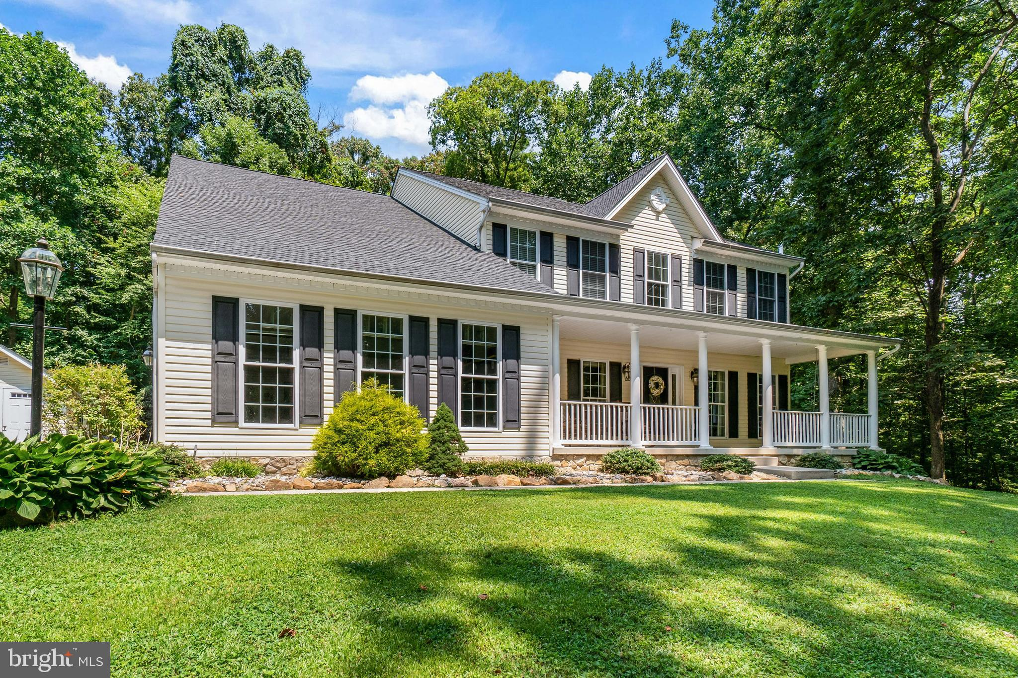 Over 4800 sq. ft. of finished living space in this 4-5 bedroom / 3 1/2 bath colonial constructed by