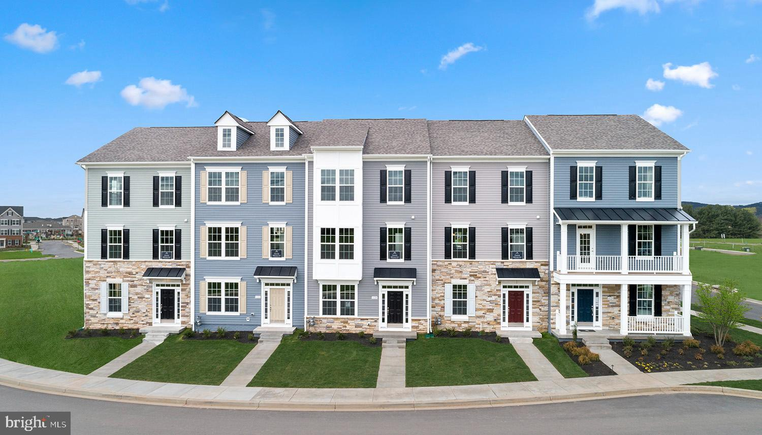 NEW CONSTRUCTION MOVE-IN AUGUST 2021! Beautiful Brand new 2-car garage Upton Model Townhome with 4ft
