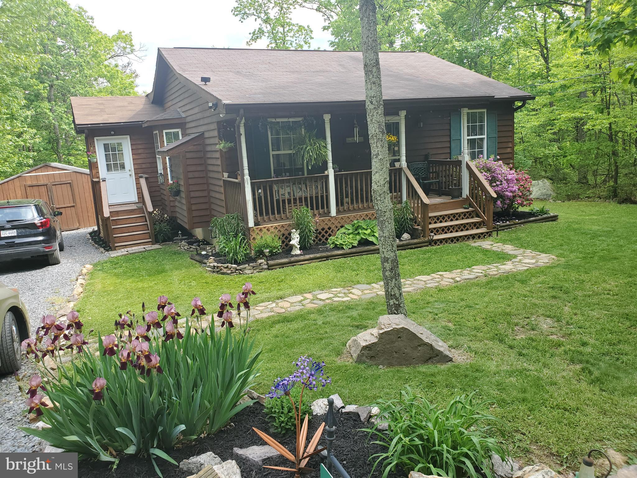 May be one of the most immaculate homes you have  seen. Peaceful quiet setting.   Nice stainless Ste