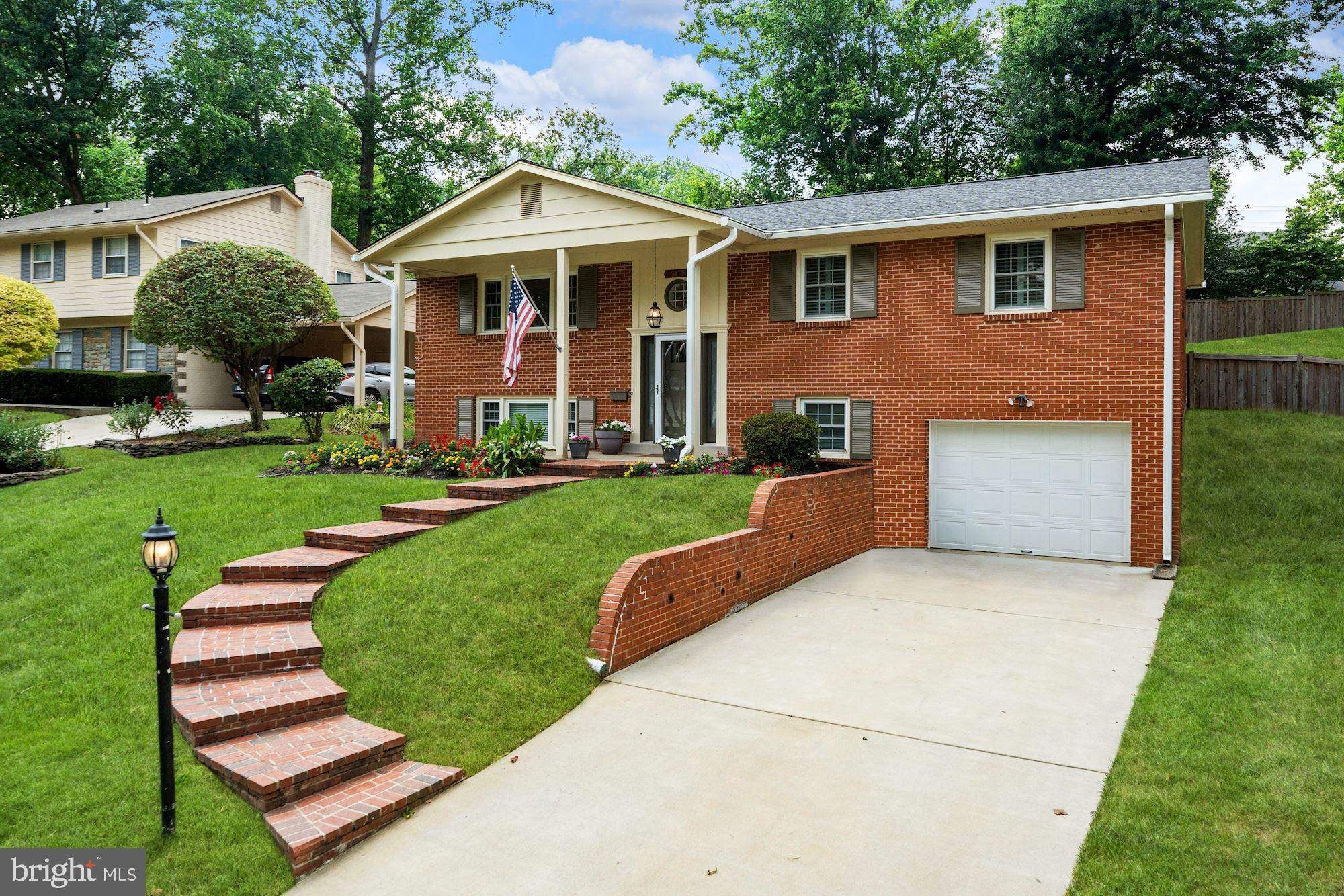 Well cared for and updated 4BR/3BA home with Garage in desirable Beech Tree Manor!  Tons of recent u