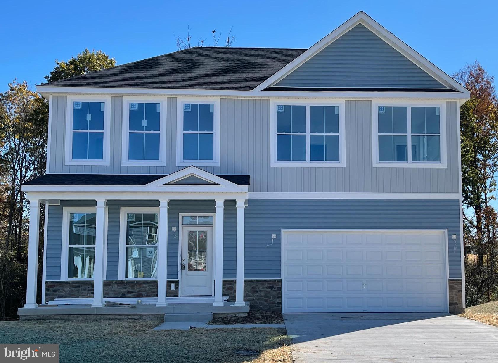 HUDSON II model for sale with full walk out basement. Five bedrooms ,three full baths,ten ft ceiling