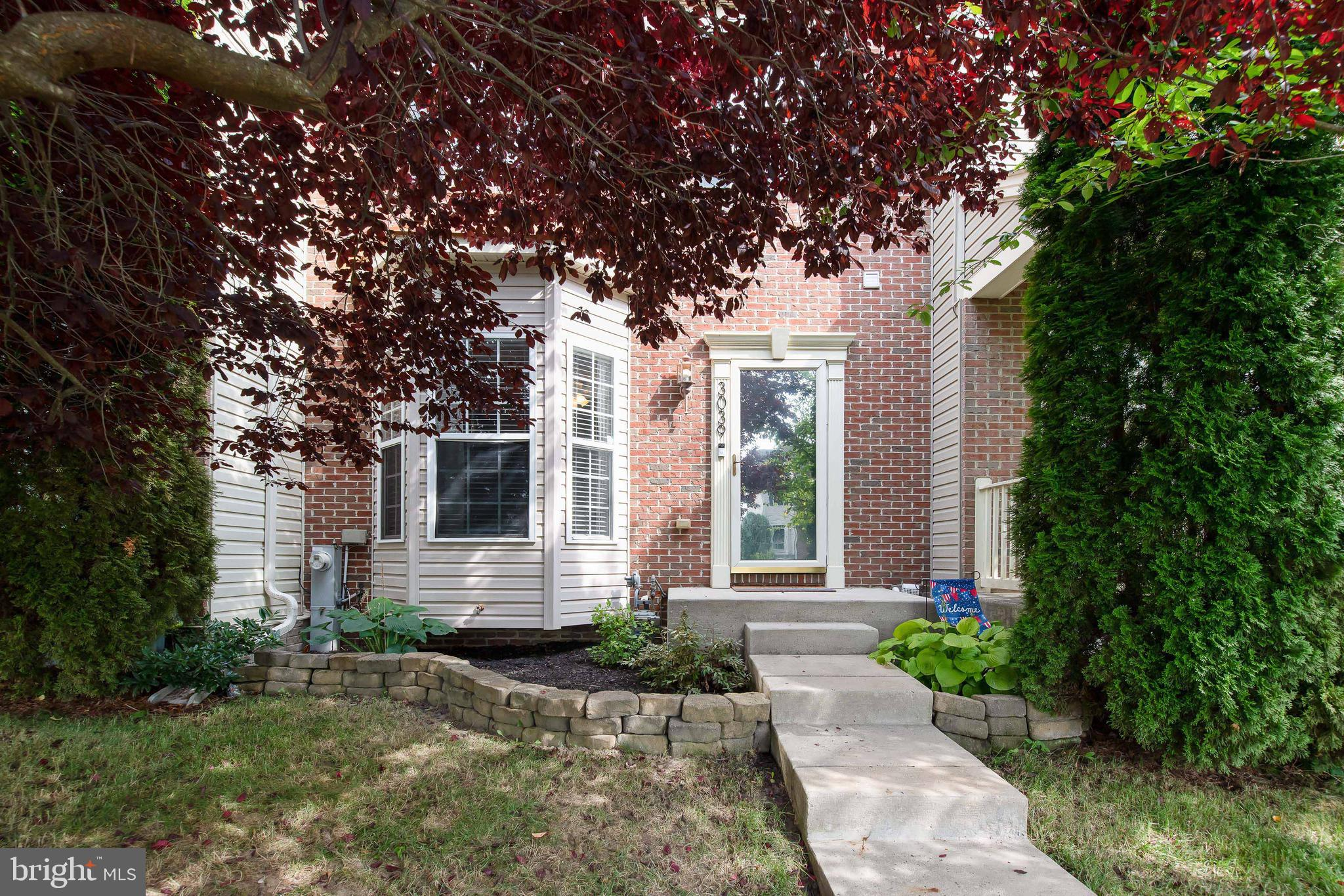 Beautiful home in the Autumn Run community! You'll love this 3 bed / 3.5 bath brick front townhome f