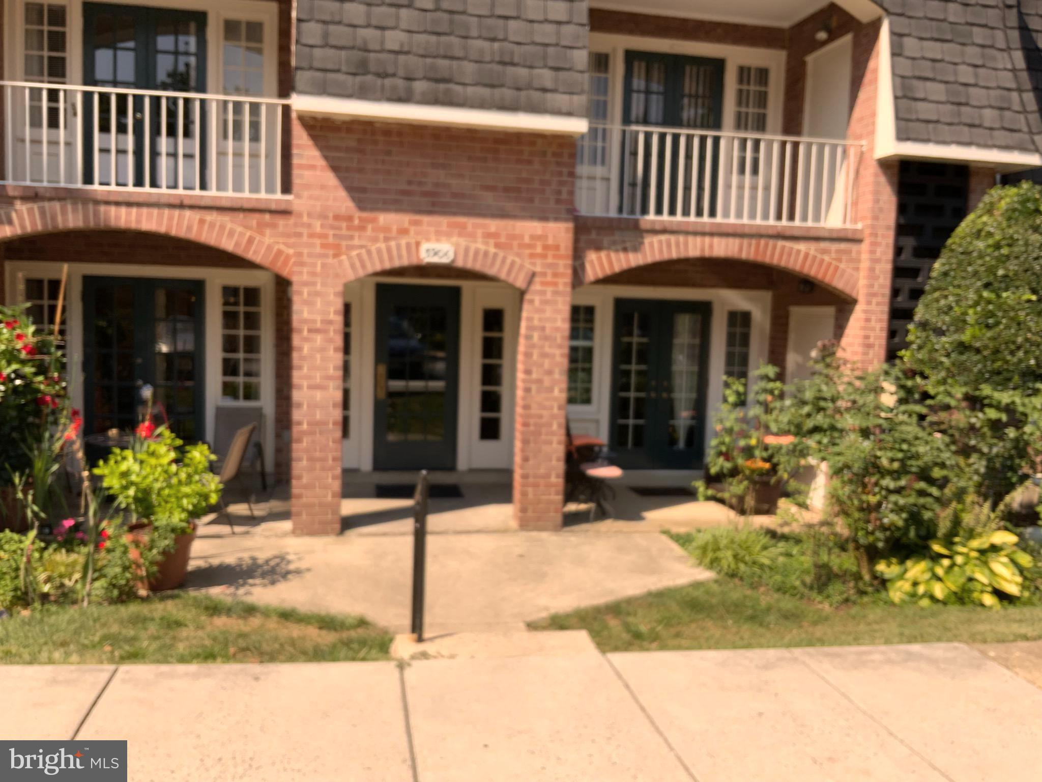 Gorgeous, completely remodeled  2-bedroom condo in sought after Cardinal Forest. Fully updated kitch