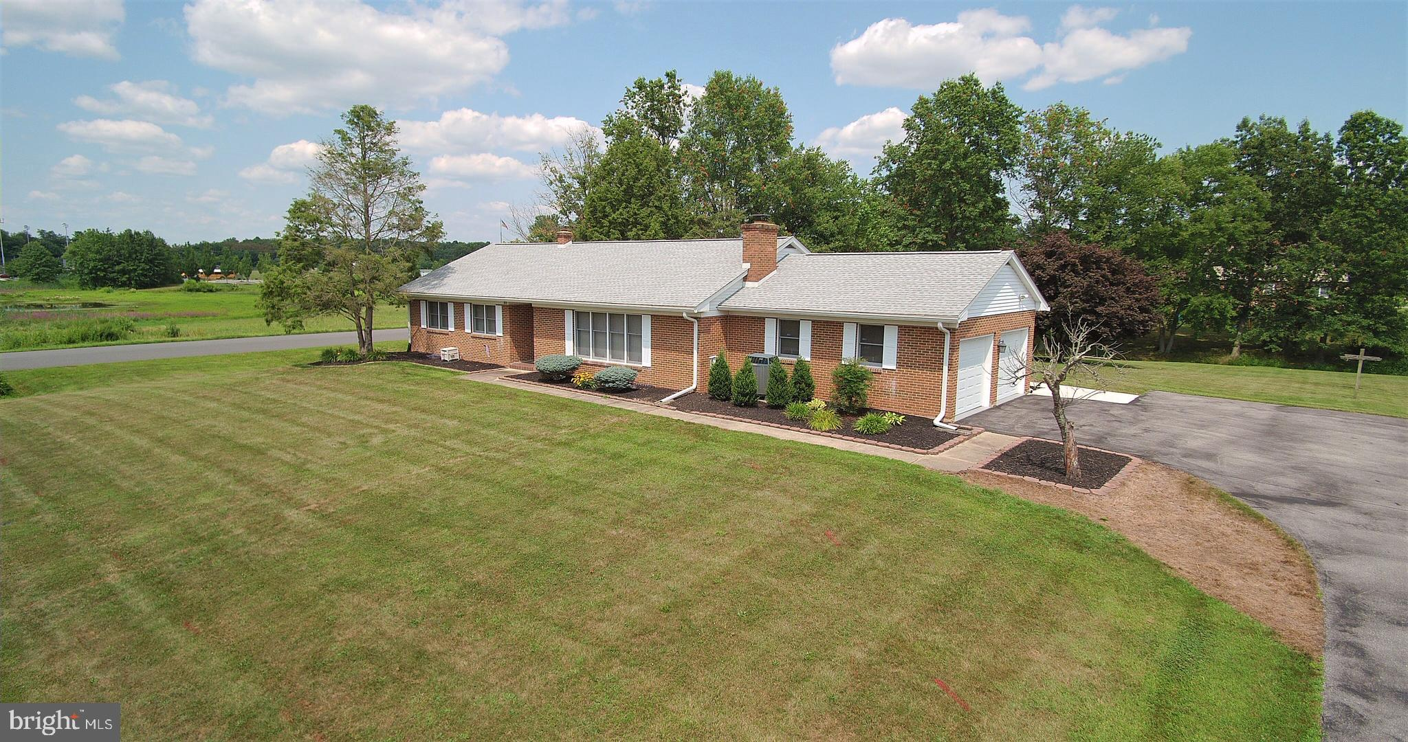 Rare all brick rancher in Caravel Farms!  This lovely 3 BR 2.5 bath R.C. Peoples built home has been