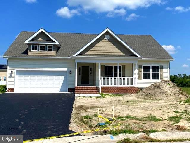 New construction located on a private cul de sac lot. Close access to the Rt 13 bypass. Open layout