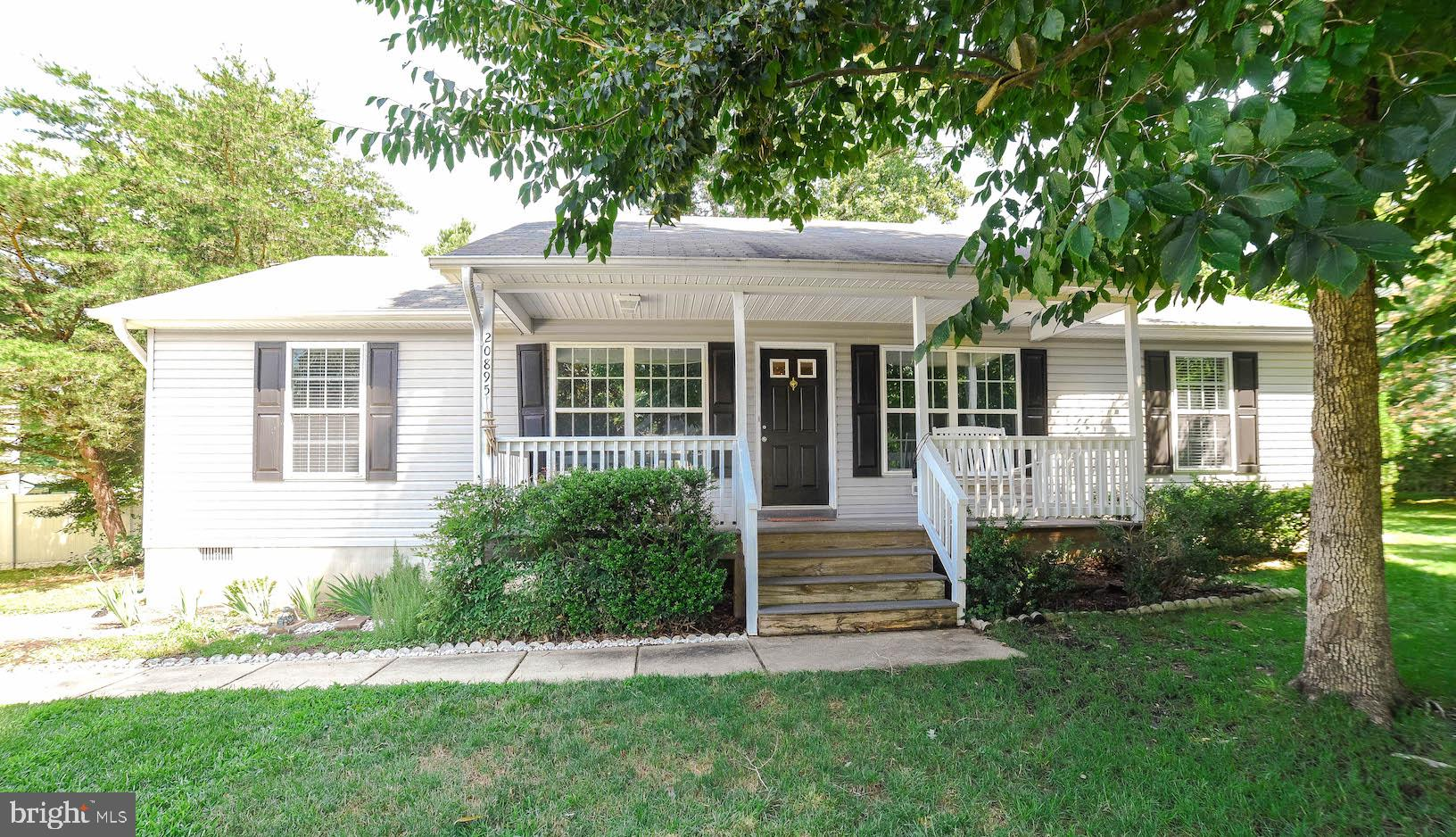 Super clean and move in ready rambler in Bay Ridge Estates.  3 bedrooms 2 bath with large family roo