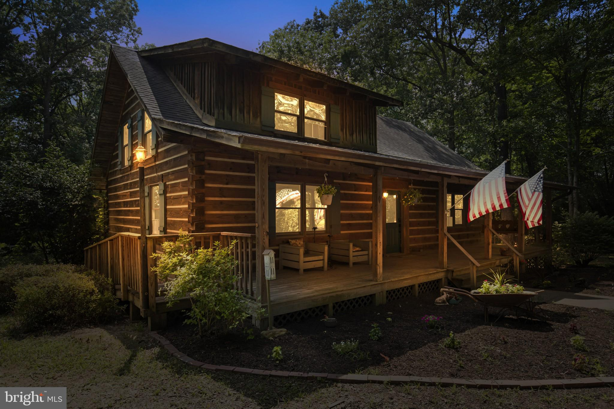 Have you ever dreamed of living off grid or just having a quiet retreat where you could get away fro