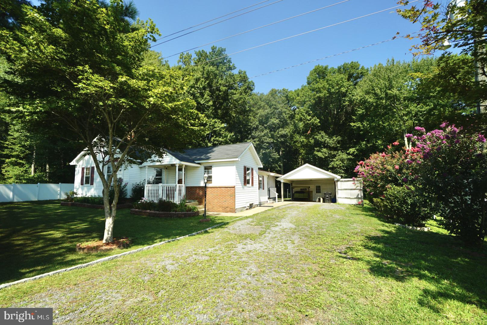 PENDING RELEASE, FINANCING FELL THROUGH!!  THIS HOME WILL NOT LAST. UNIQUE OFFERING ON WELL LANDSCAP