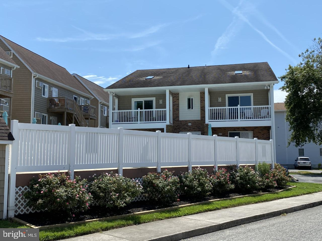 NEW Listing! Charming 1BR 1BA  1st floor unit in a small bayside building. This unit overlooks the outdoor pool ! Quite area in the Caine Woods section of North Ocean City. If you are looking for that vacation retreat to relax and just enjoy Ocean City this is it! This unit is close to the beach, restaurants, amusements and shopping. Easy access to rt 54!