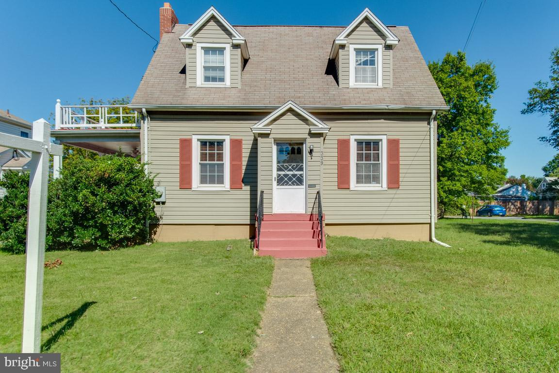 Don't miss out on this amazing opportunity to own this spacious home located in the heart of the boo