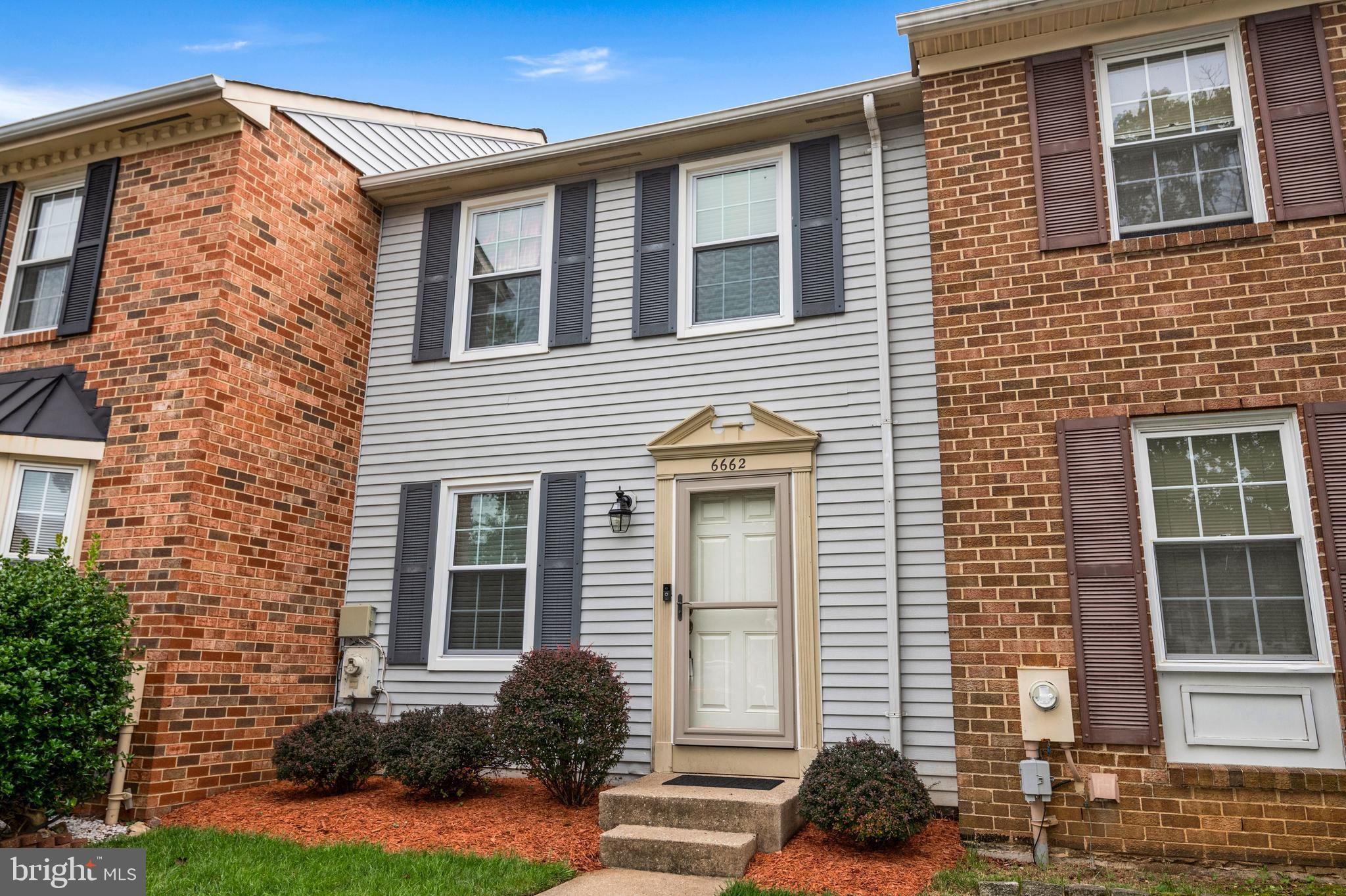 OFFER DEADLINE:  Friday 9/17 at 6PM.  Huge price improvement! Schedule your appointment today before this home flies off the market! Remodeled 3 Bed 1.5 Bath home in Marble Hill Community.  Updates include 2021: new deck, home freshly painted. 2020: new roof, new Kitchen appliances, new windows blinds, new storm door. 2019: new water heater. 2018: new fence.