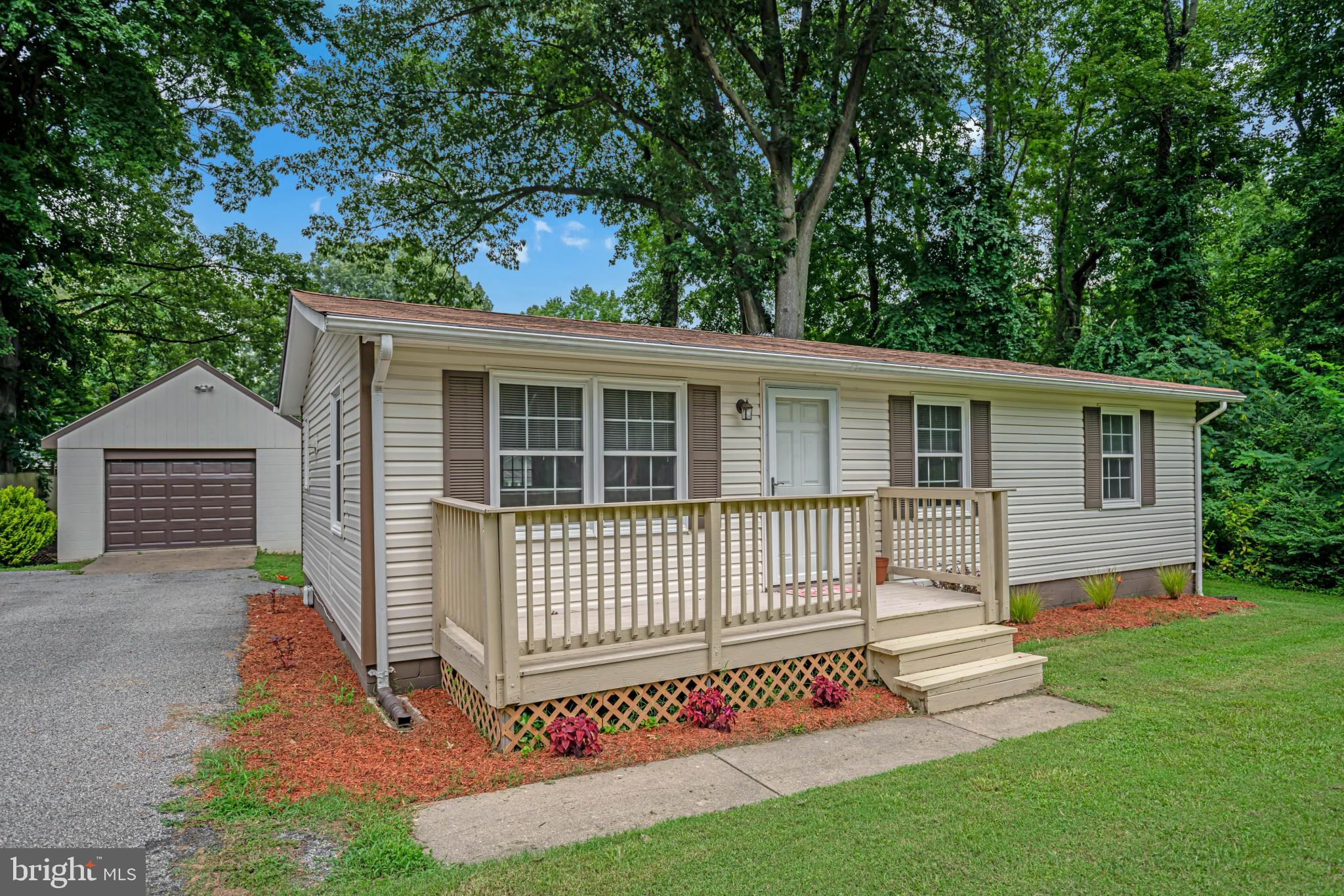 This Adorable Rambler is just outside of North Beach Town Limits and offers 3 Beds/1 Bath, new floor