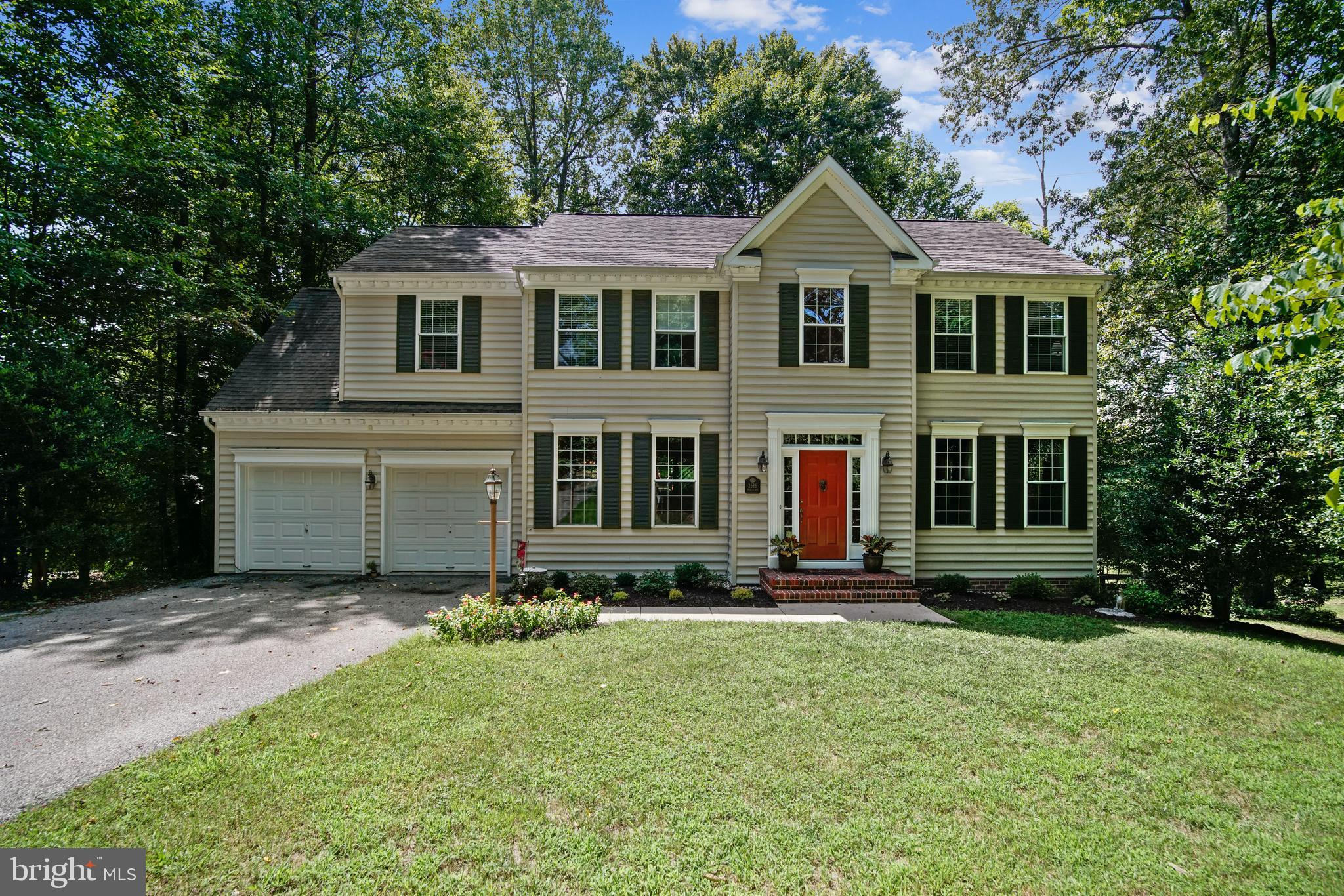 3 Finished Level Colonial w/ 4 Bedrooms/3.5 Bathrooms/2 Car Garage on over 2 Private Acre Lot-Many U