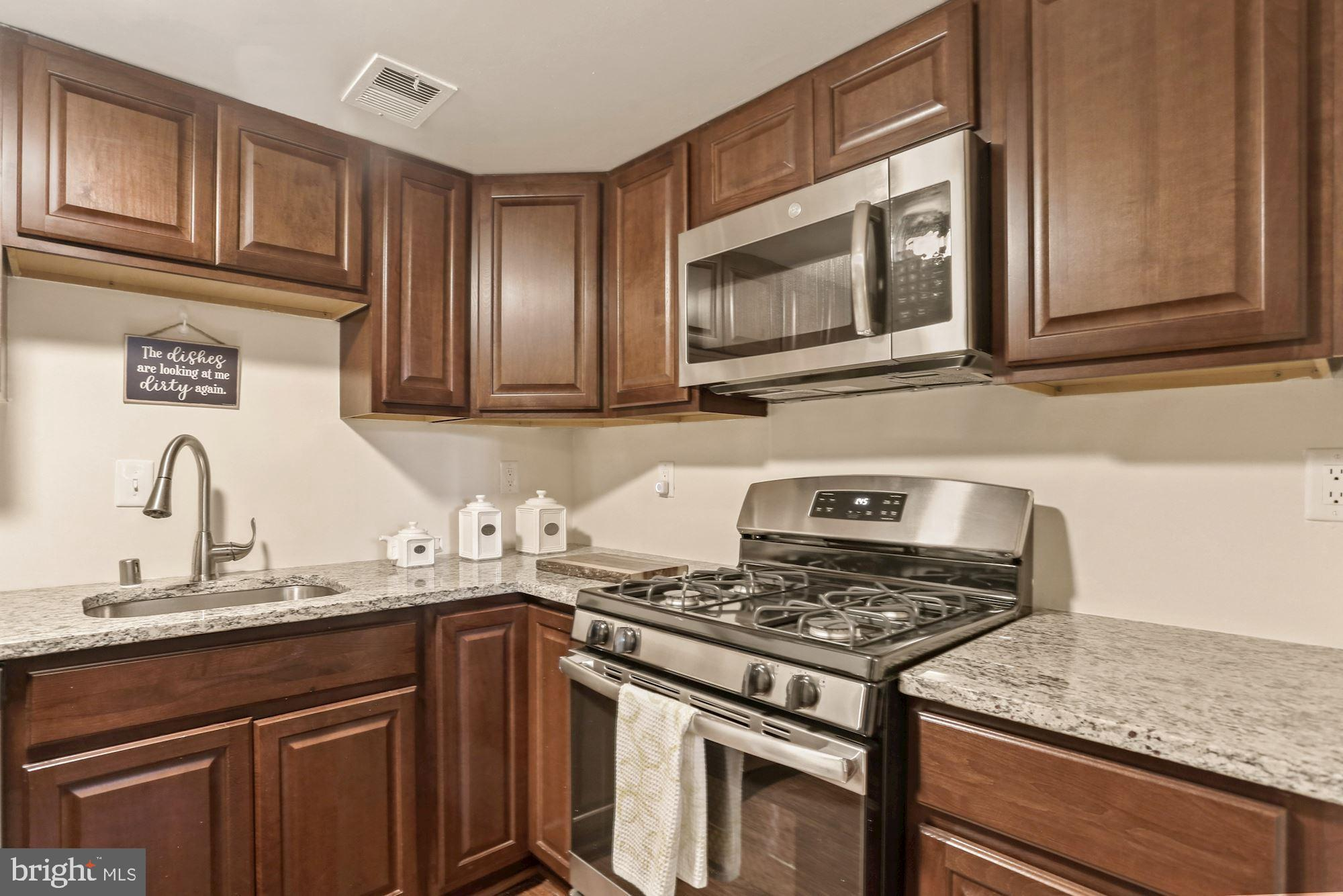 Escape apartment living with this Amazing 2 bedroom and 1 bath condo with Private Entrance in the Ho