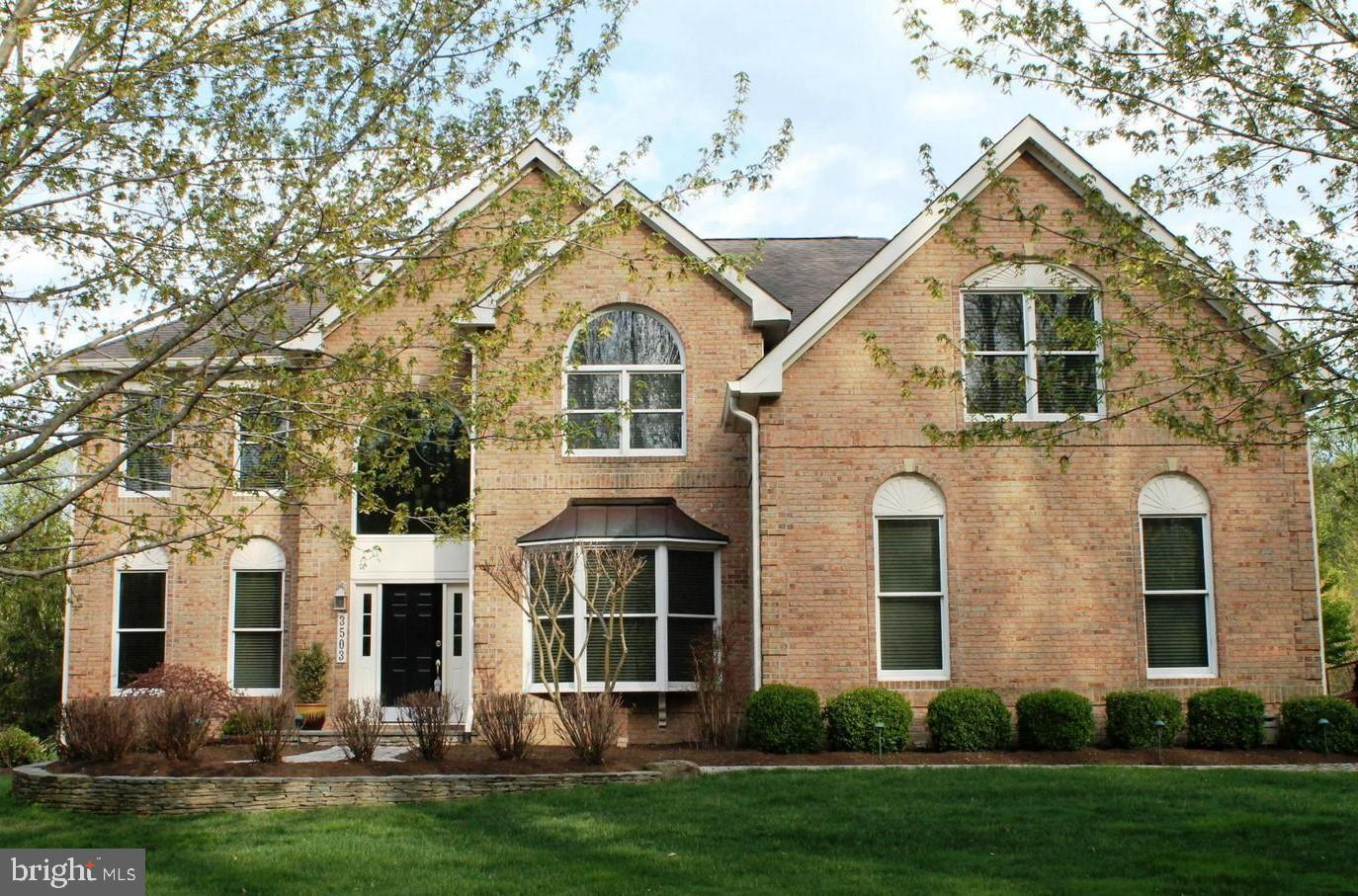 Beautifully appointed and in excellent condition, this 4/5 BR 4.5 Bath Colonial is a show stopper!