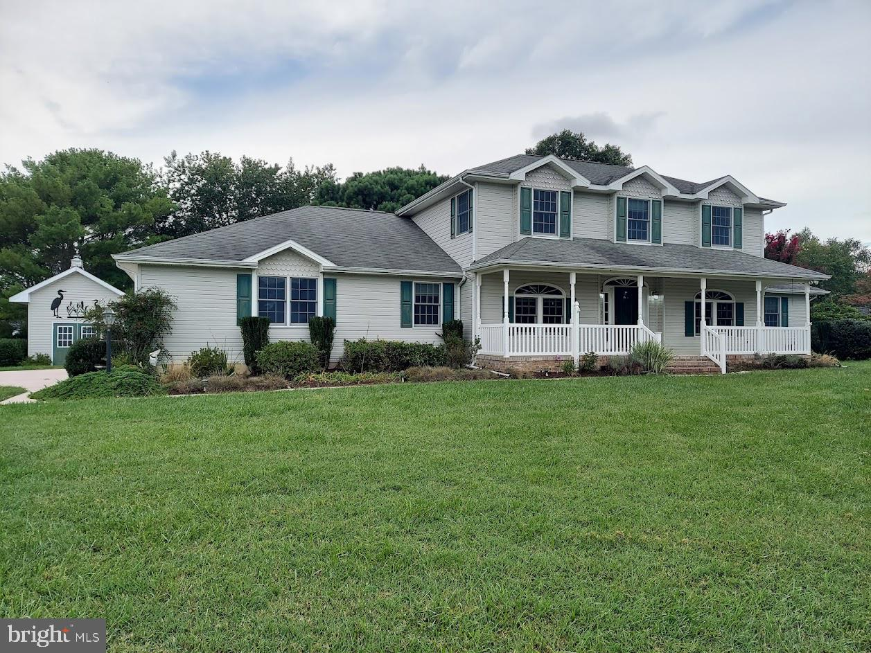First Floor Master Bedroom living,  minutes from the DE Beaches in Lewes Delaware !  This home featu