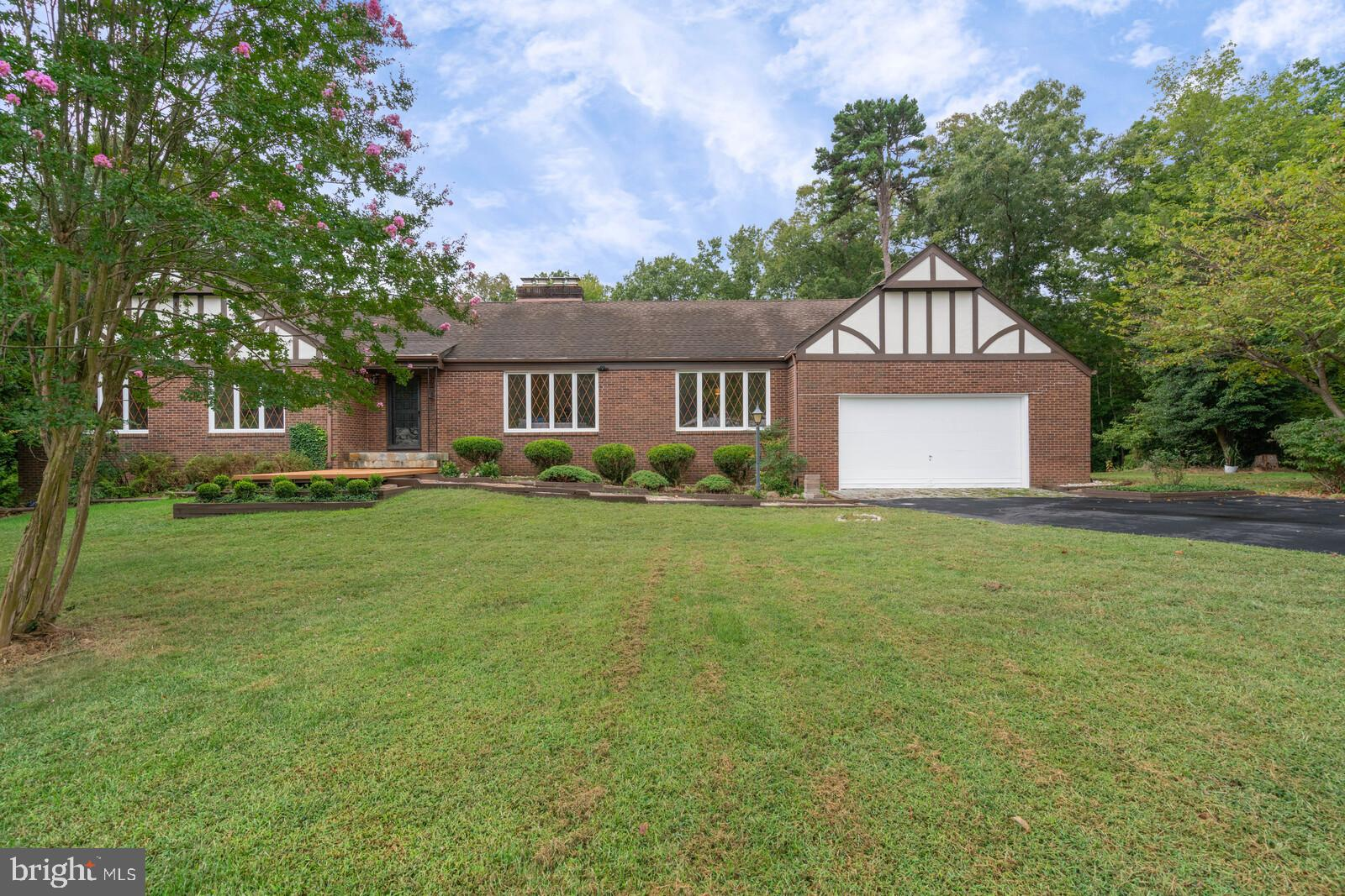 Spacious Tudor style Rambler all Brick/Stone built on Premium Wooded lot, Quiet & Tranquility of Cou