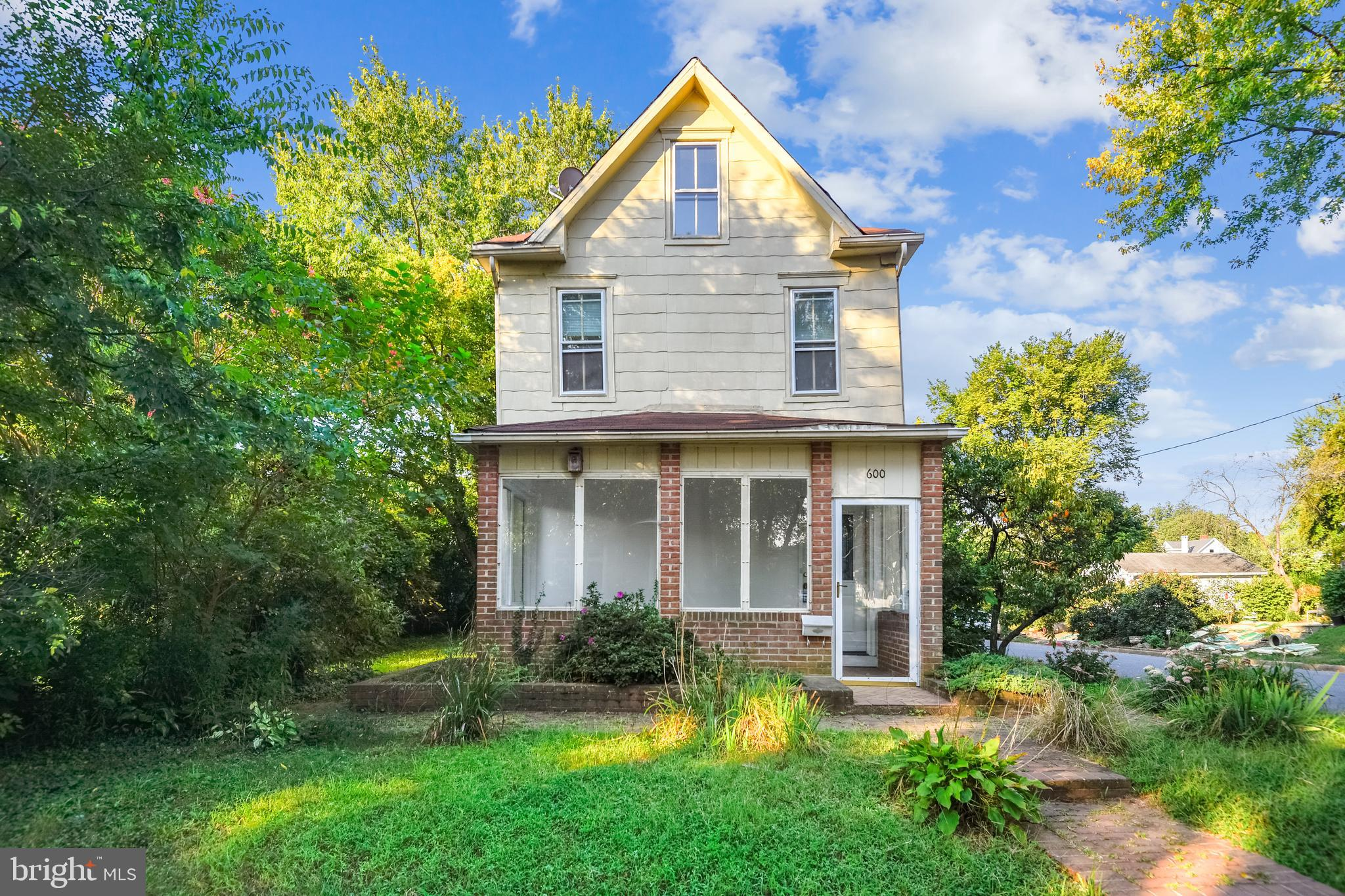 Great opportunity to renovate 1920's Farmhouse with lots of possibilities,  which stands proudly on
