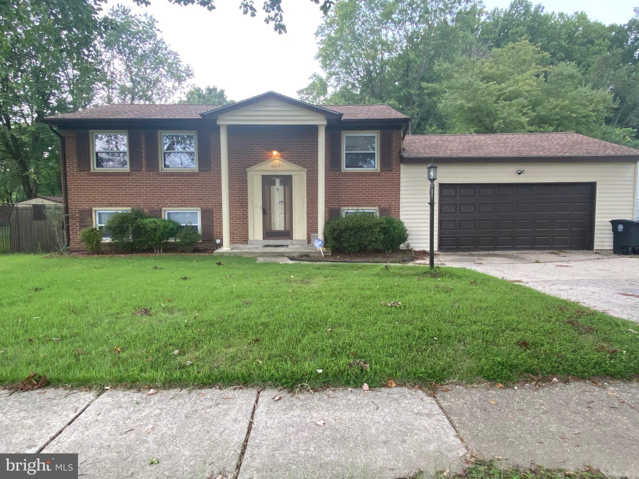 Great home in an ideal location.  This solid property boasts an upper-level LR and 3 bedrooms.  Lowe