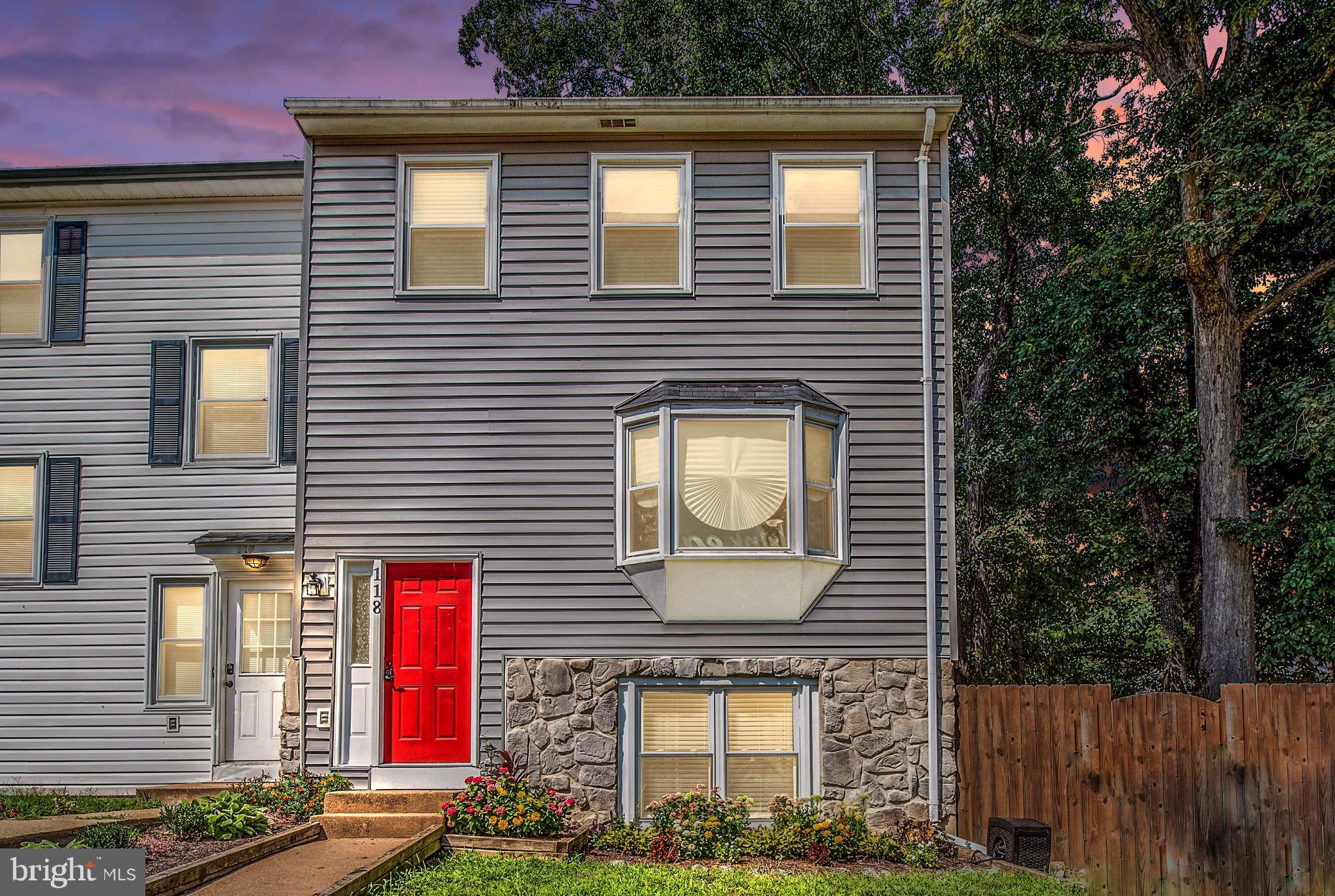 Welcome Home! This adorable well located 3 level townhome with no HOA has a new roof and new vinly s