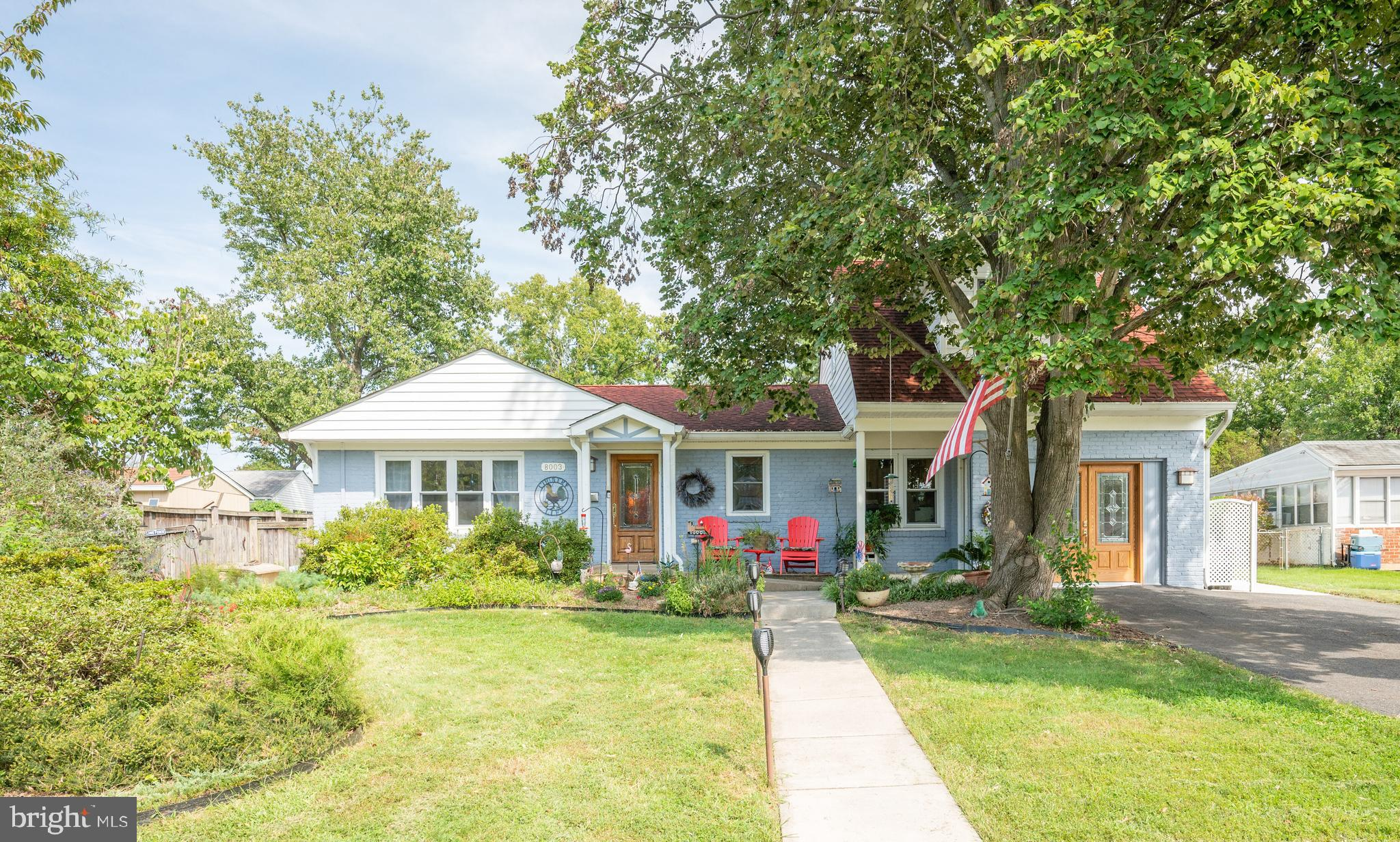 OPEN SUN, 9.19, 2-4 p.m.  A Hollin Hall gem with so many lifestyle possibilities. Long time owners m