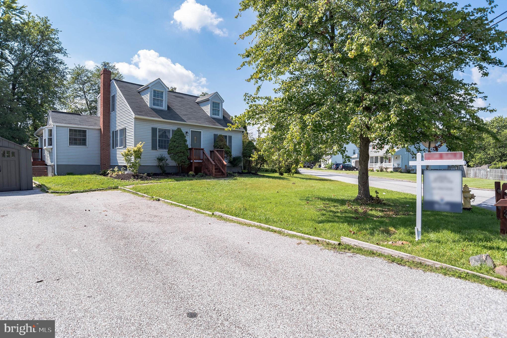 Cute corner lot Cape Cod offering 4 spacious bedrooms and 2 full baths. Bright and open rooms, fresh