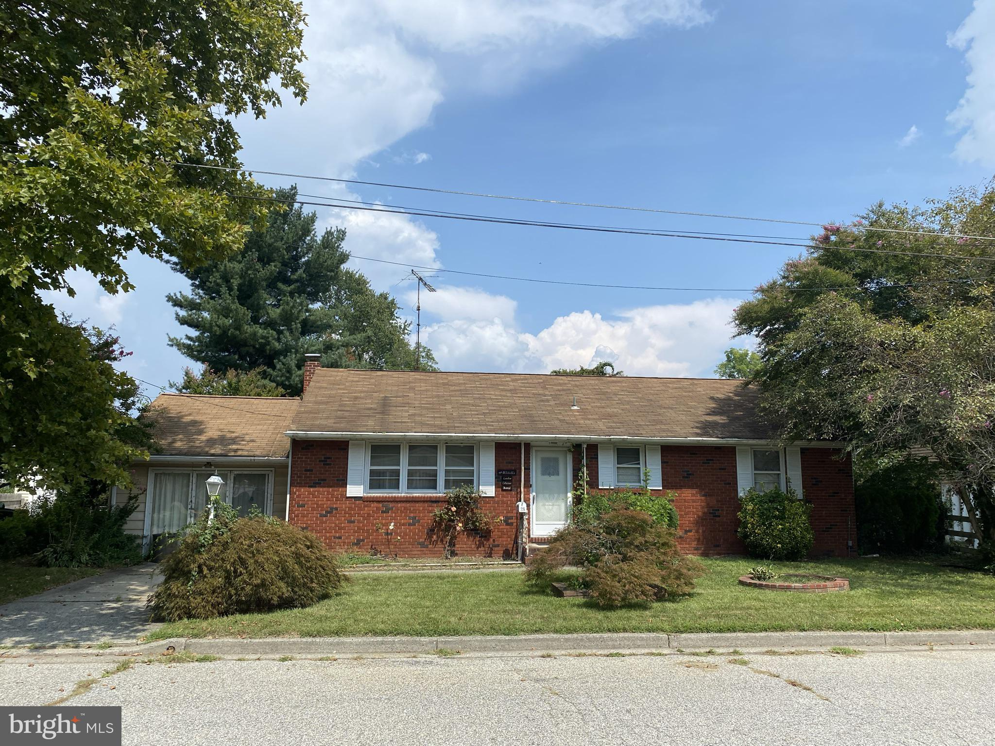 Welcome home! A lot more space thank you think for a 2 bedroom there's a large den, living room, and