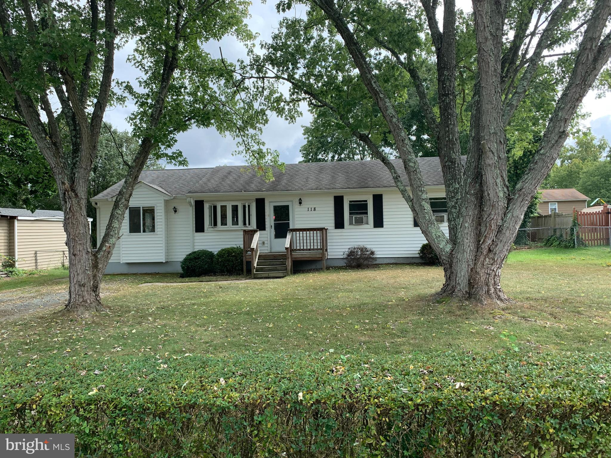 """Great Starter home in Courtland high district!! New Carpet and fresh paint! Extra Bonus room 3 bedroom / 2 full bath. Fully fenced backyard with shed! NO HOA This property is being sold """"As Is"""" Come and make it your own 1,376 sq ft. 3 bedroom 2 Full bath"""