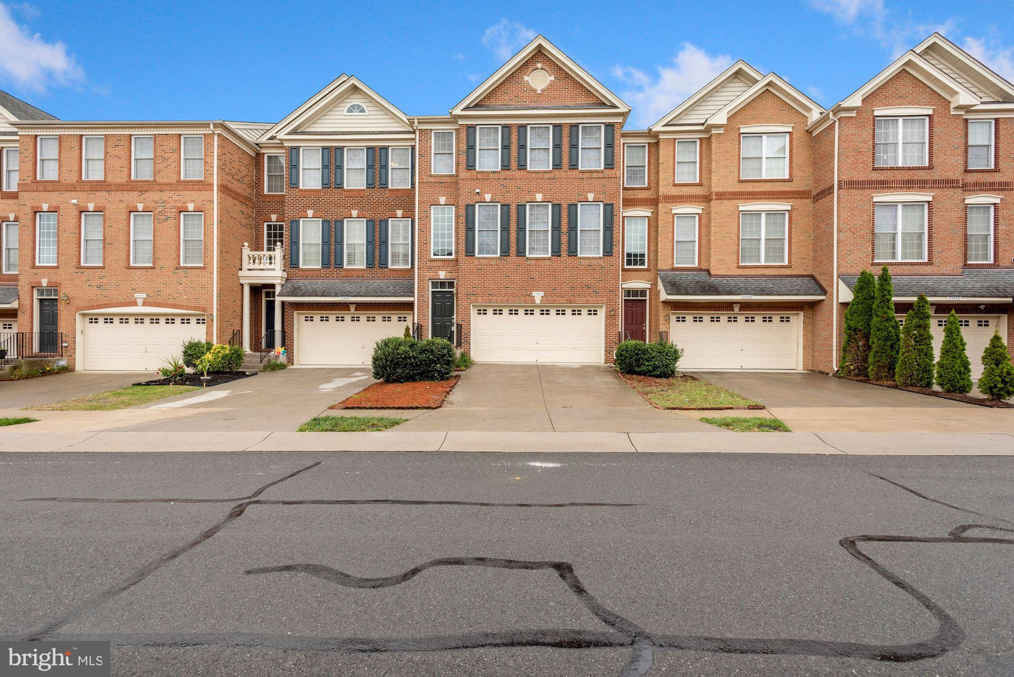 Fabulous 3 Level Toll Brothers PORTSMOUTH model town house. Premium Hardwood floors on main and uppe