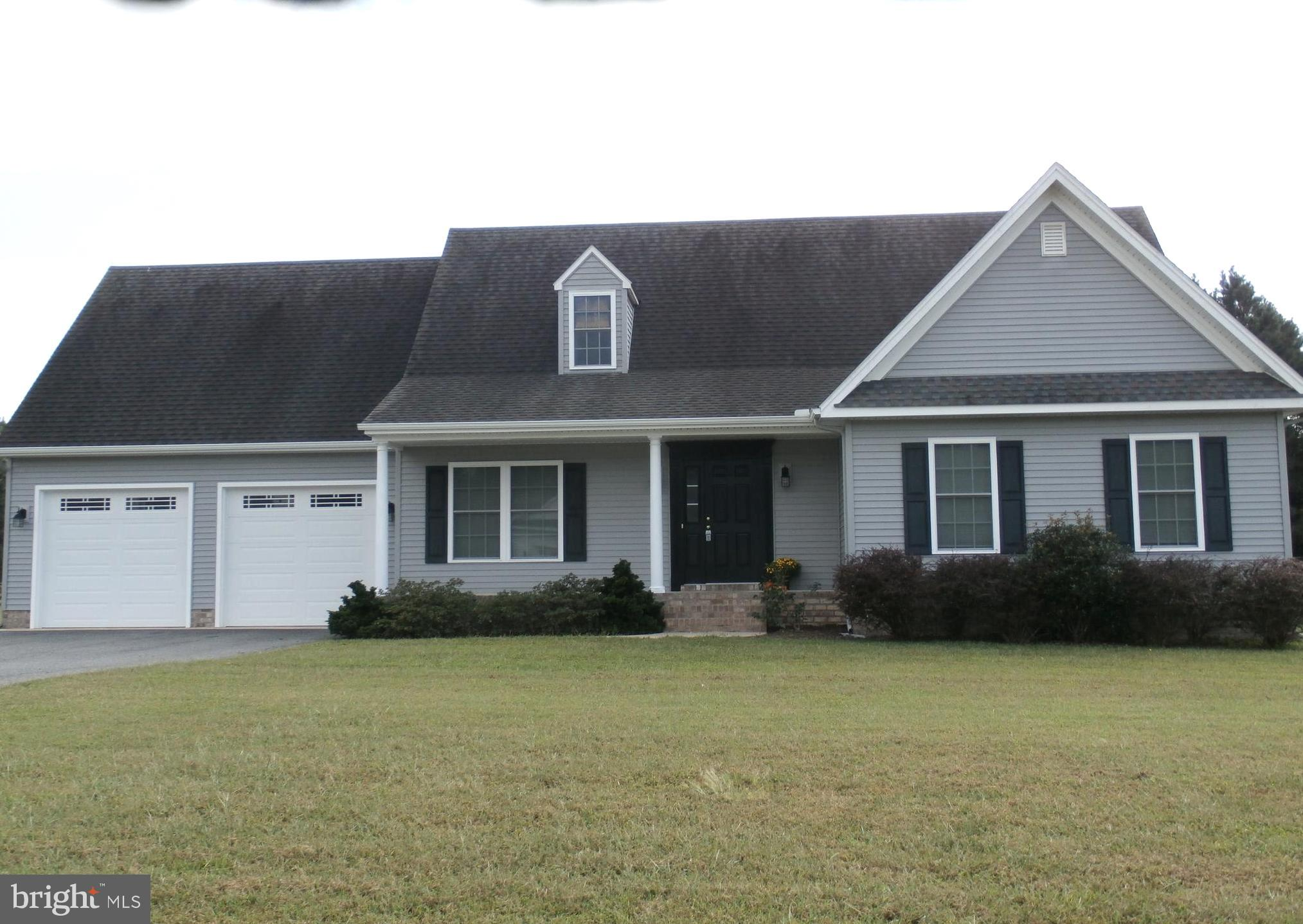 Lovely Cape Cod home on the EAST side of Salisbury located in Gunby's Mill. This home is move in rea