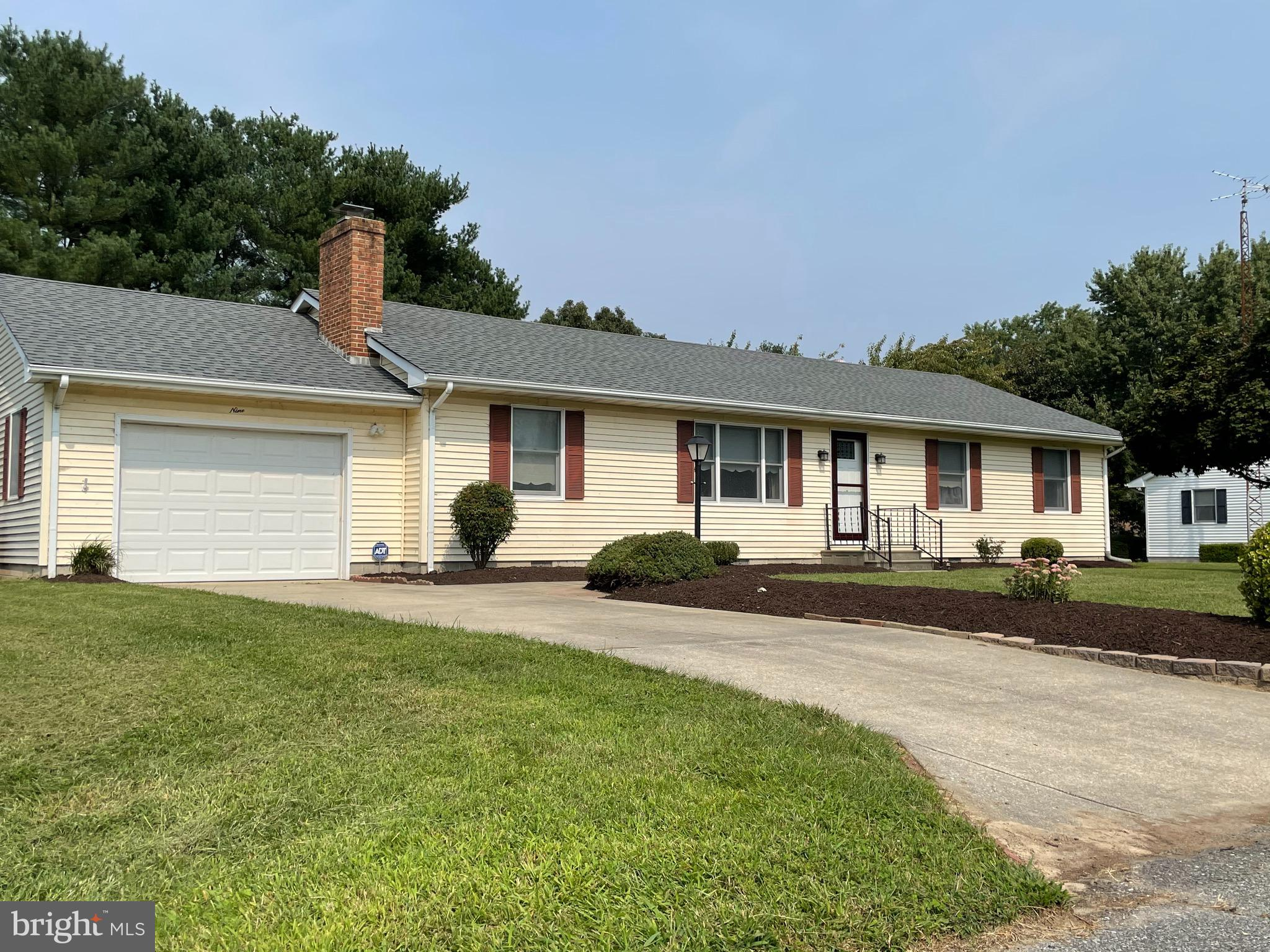 Recently remodeled 3BR, 2BA home  w FP, hardwood floors.   You will love the new kitchen w stainless