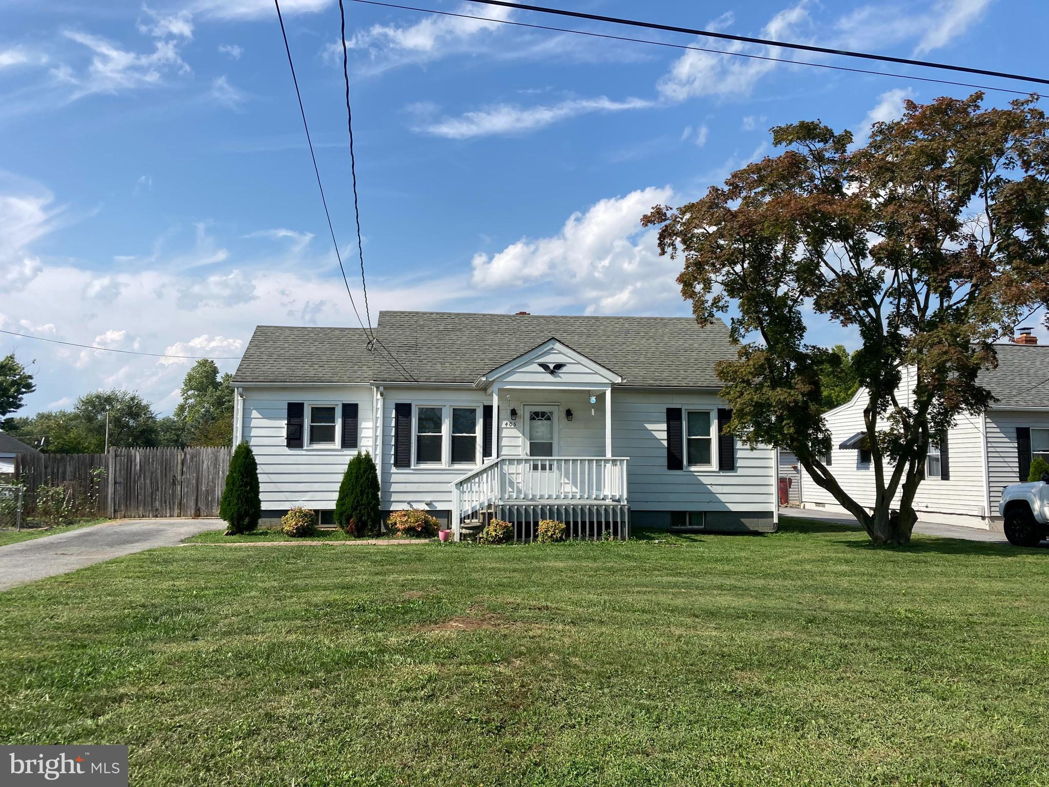 Jefferson County, WV 3 bedroom, 2 bath rancher with a full basement. Move in ready and should go all