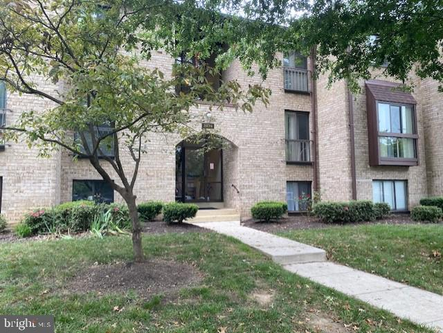 Bright and beautiful, renovated top to bottom 3 bedrooms, 2 full bath condo.  Brand new refrigerator