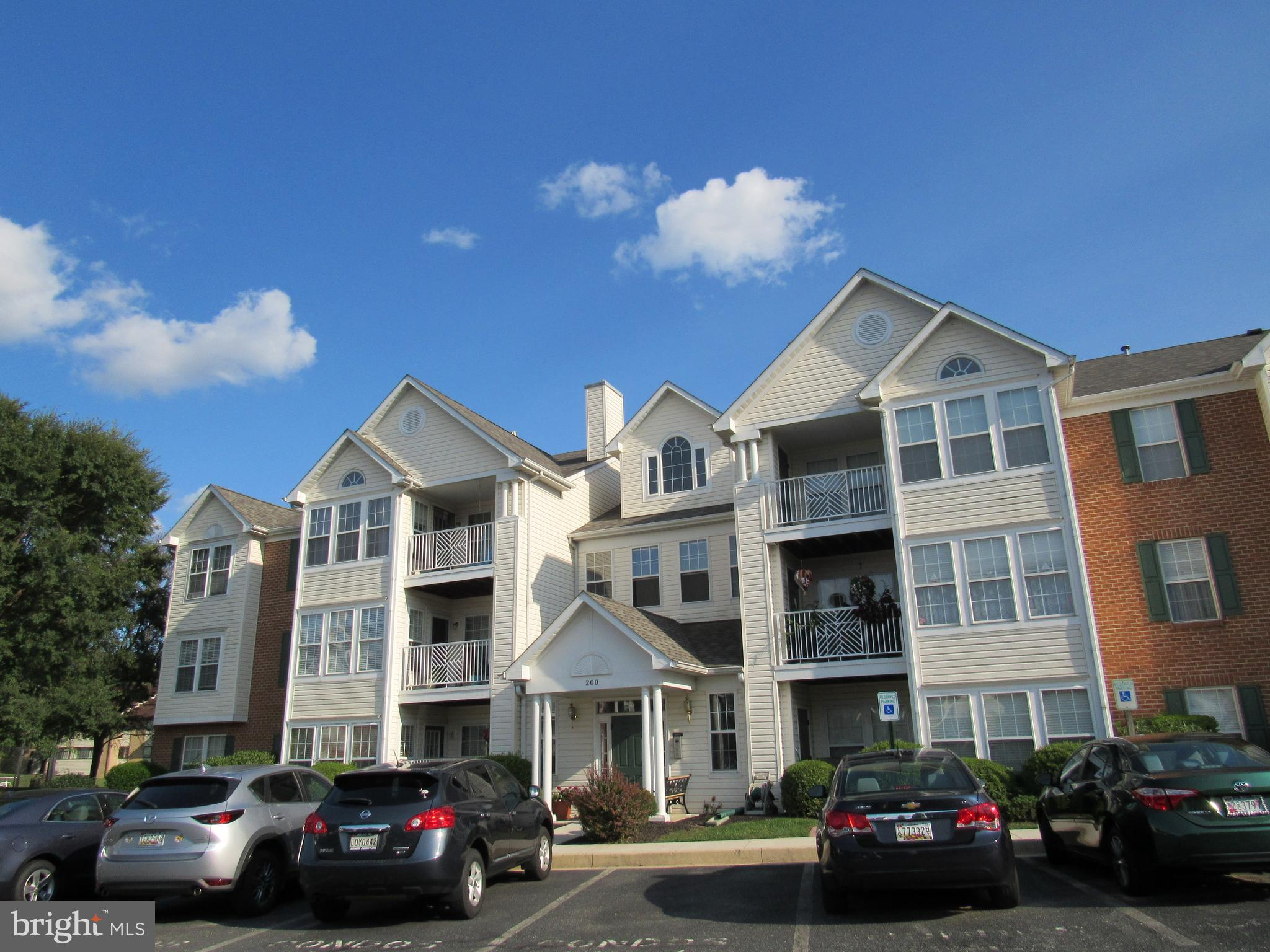 HOME SWEET HOME! Move in ready condo with 2 bedrooms & 2 full bathrooms . The wide open floor plan a