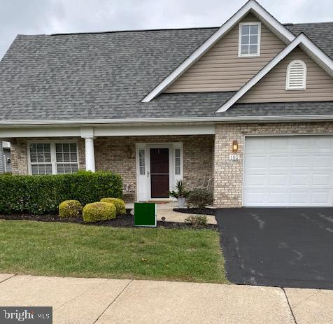 Beautiful well cared for home with new roof in desirable Cross Creek Village, a 55+ Community.  Home
